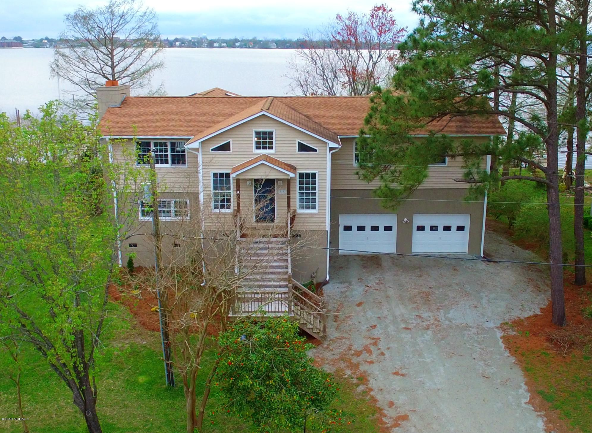 Property for sale at 321 Riverside Drive, New Bern,  North Carolina 28560