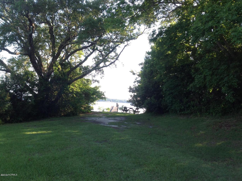 192 White Oak Bluff Road, Stella, North Carolina 28582, ,Residential land,For sale,White Oak Bluff,100143551