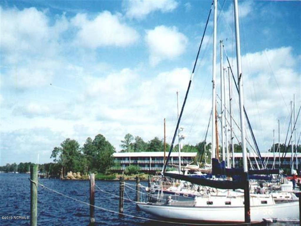 1008 Harbour Pointe Drive, New Bern, North Carolina 28560, ,Residential land,For sale,Harbour Pointe,100159306