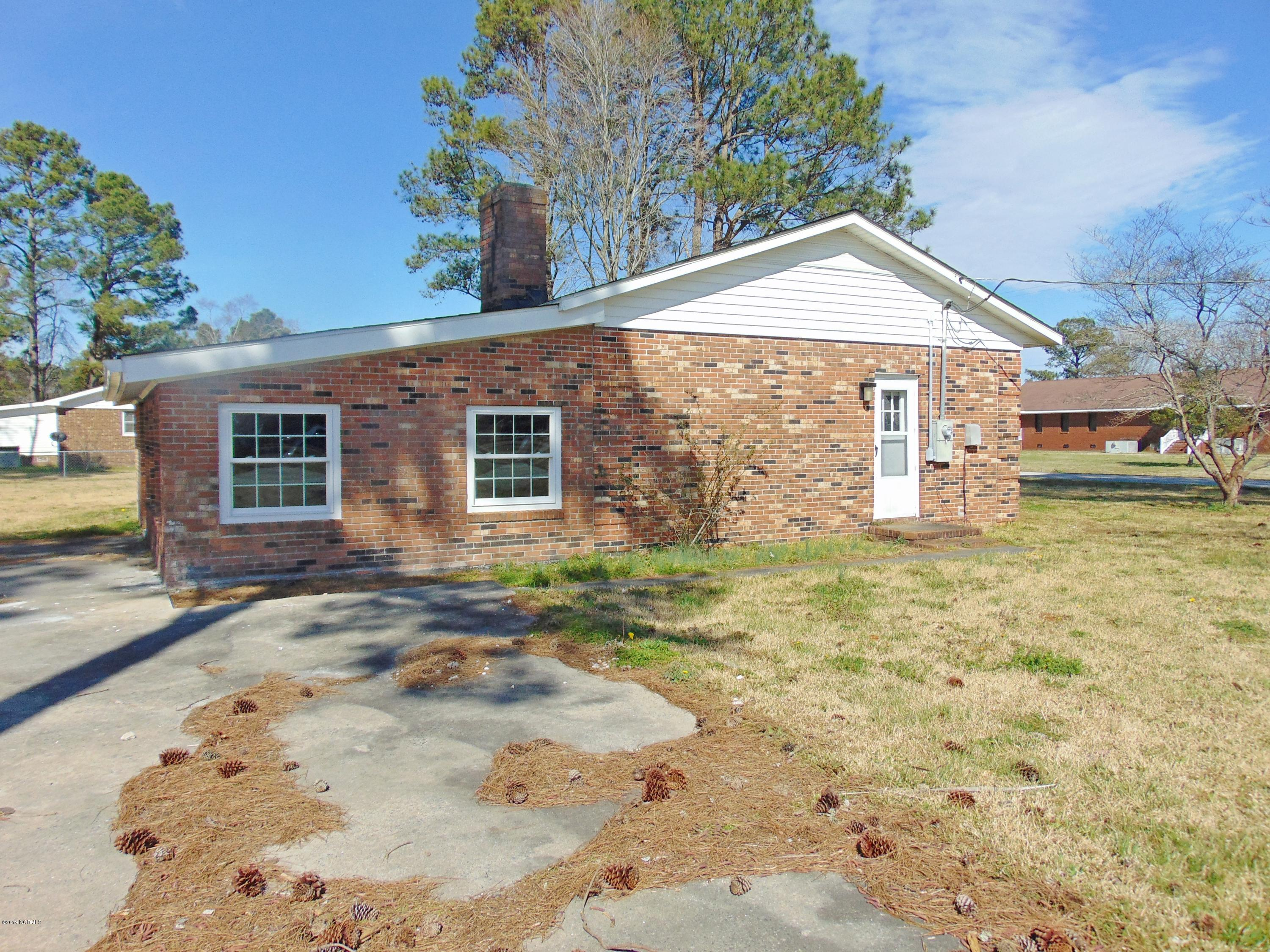 390 6th Street, Aurora, North Carolina 27806, 3 Bedrooms Bedrooms, 10 Rooms Rooms,1 BathroomBathrooms,Single family residence,For sale,6th,100162054