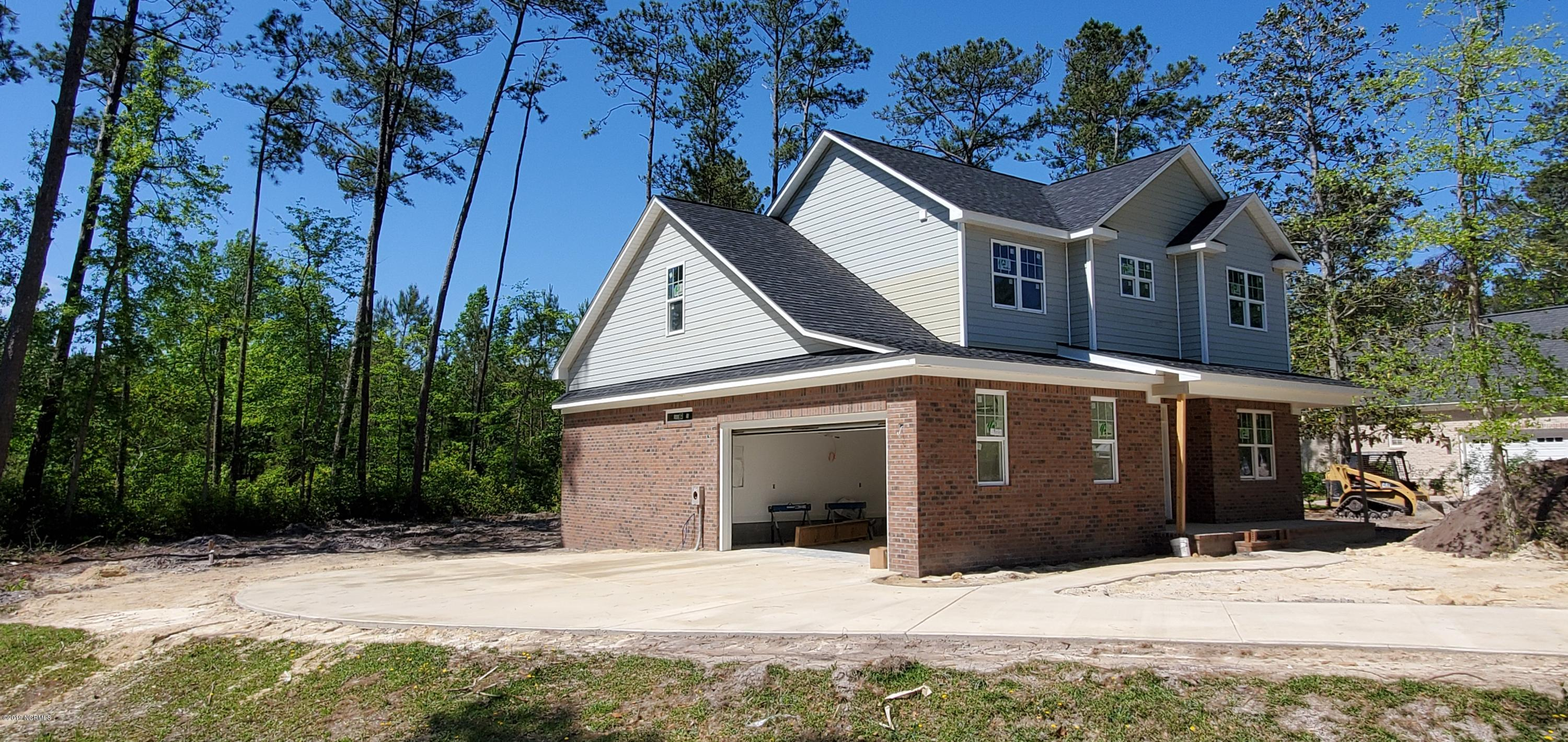 5 Crown Pointe Drive, Hampstead, North Carolina, 4 Bedrooms Bedrooms, 11 Rooms Rooms,3 BathroomsBathrooms,Single family residence,For sale,Crown Pointe,100122835