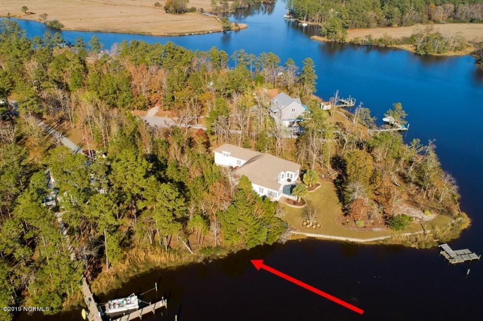 Property for sale at 32 Spinnaker Point Road, Oriental,  North Carolina 28571