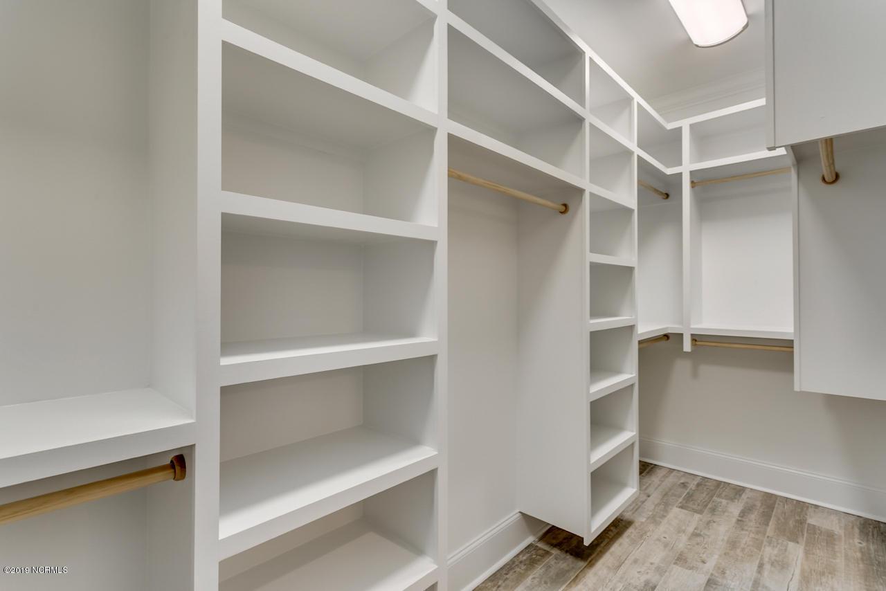 605 Crow Creek Drive, Calabash, North Carolina 28467, 5 Bedrooms Bedrooms, 12 Rooms Rooms,4 BathroomsBathrooms,Single family residence,For sale,Crow Creek,100164891