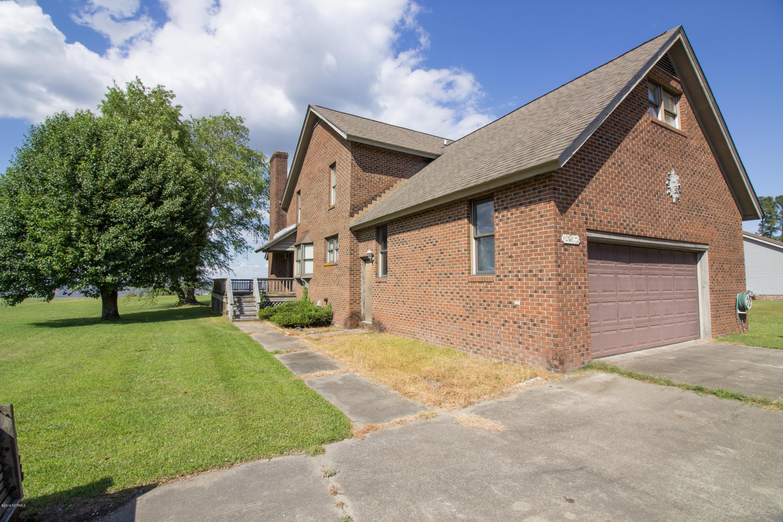 77 Jacklyn Lane, Belhaven, North Carolina 27810, 3 Bedrooms Bedrooms, 8 Rooms Rooms,4 BathroomsBathrooms,Single family residence,For sale,Jacklyn,100165589