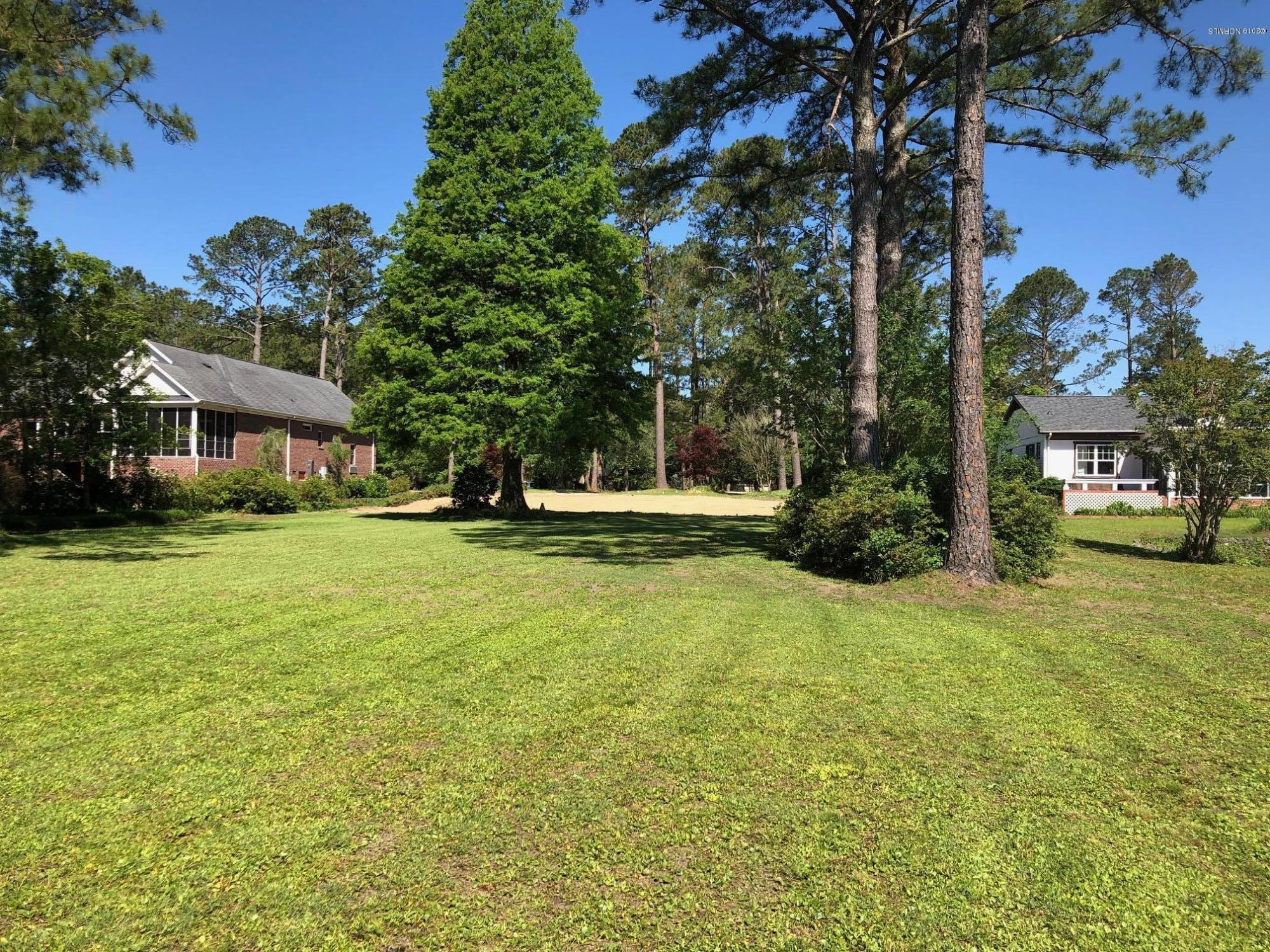 240 Shoreline Drive, New Bern, North Carolina 28562, ,Residential land,For sale,Shoreline,100154850