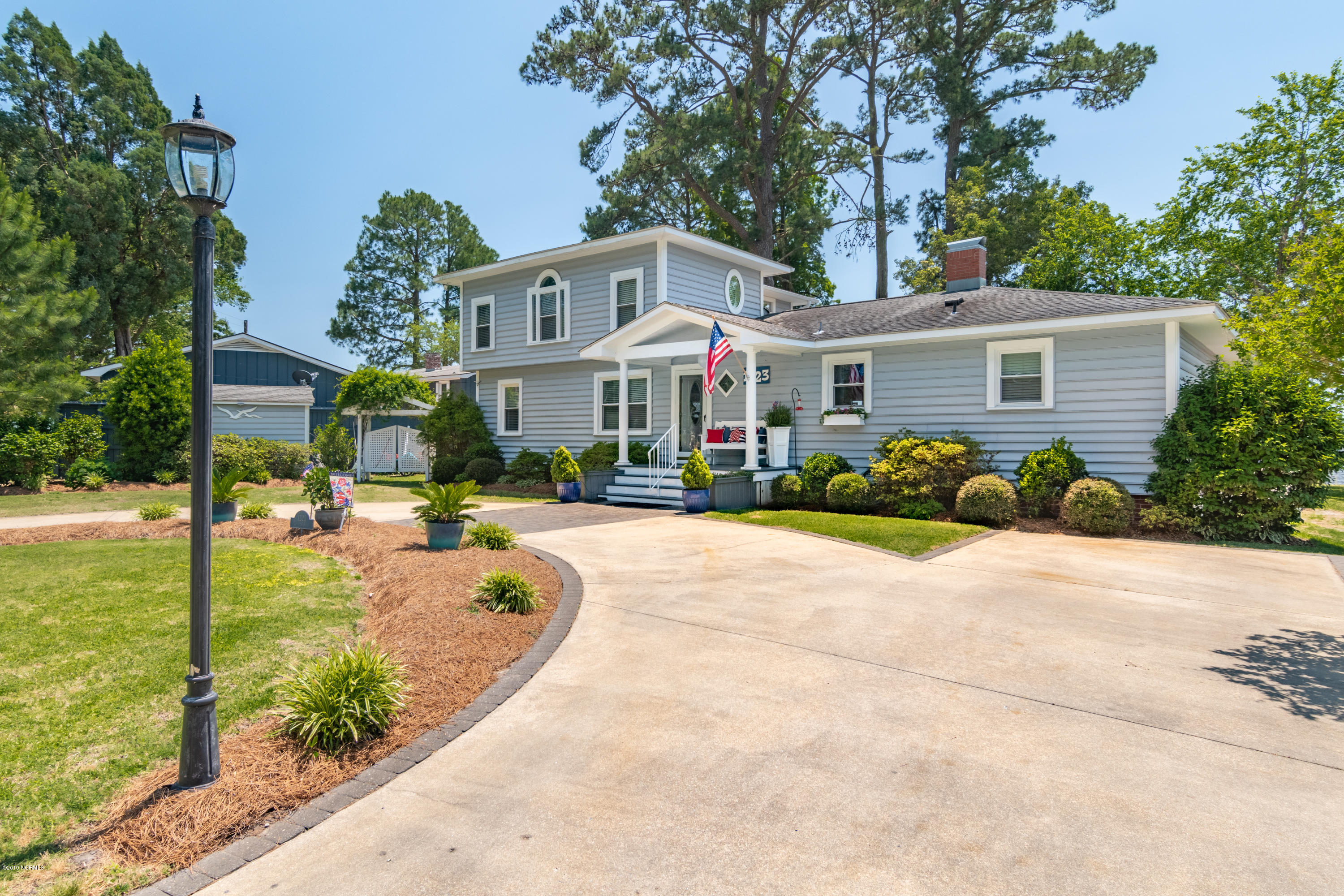 1223 Bayview Road, Bath, North Carolina 27808, 3 Bedrooms Bedrooms, 9 Rooms Rooms,3 BathroomsBathrooms,Single family residence,For sale,Bayview,100166974