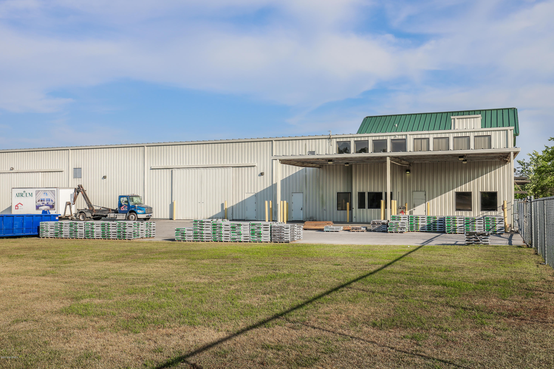200 Williamsburg Parkway, Jacksonville, North Carolina 28546, ,For sale,Williamsburg,100169176