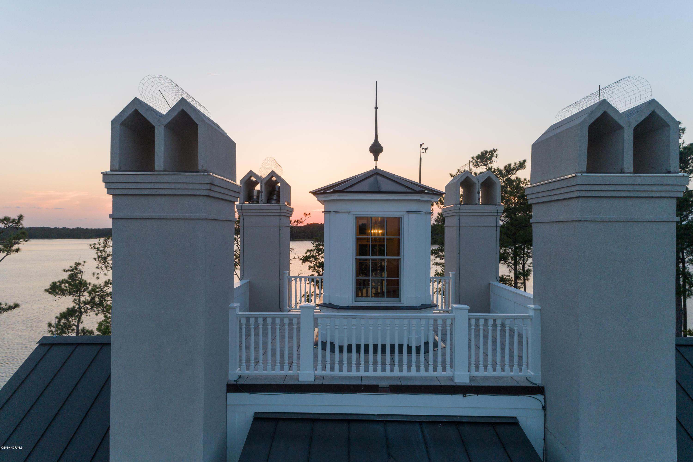 11 Jayne Point, Oriental, North Carolina 28571, 6 Bedrooms Bedrooms, 17 Rooms Rooms,7 BathroomsBathrooms,Single family residence,For sale,Jayne,100170732