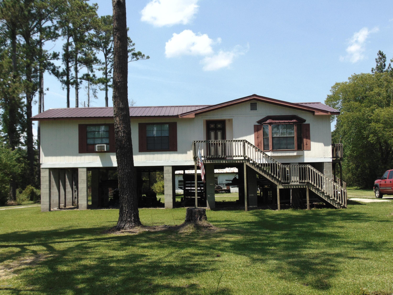 15057 Nc 33/304 Highway, Hobucken, North Carolina 28537, 3 Bedrooms Bedrooms, 8 Rooms Rooms,2 BathroomsBathrooms,Single family residence,For sale,Nc 33/304,100175542