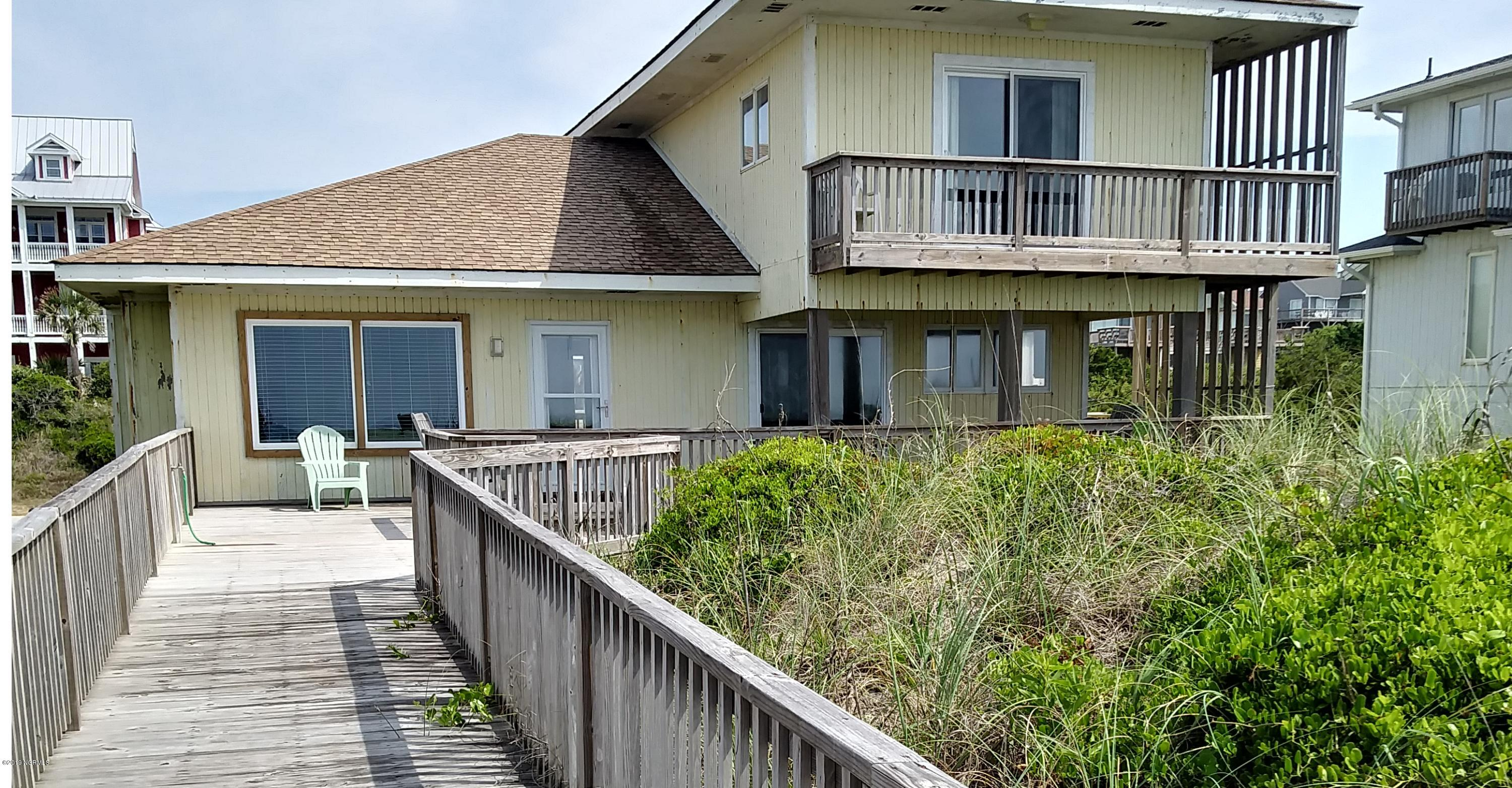 6607 Ocean Drive, Emerald Isle, North Carolina 28594, 3 Bedrooms Bedrooms, 7 Rooms Rooms,4 BathroomsBathrooms,Single family residence,For sale,Ocean,100176449