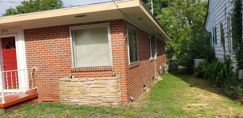 303 & 307 Virginia Street, Goldsboro, North Carolina 27530, 3 Bedrooms Bedrooms, 6 Rooms Rooms,1 BathroomBathrooms,Single family residence,For sale,Virginia,100176603