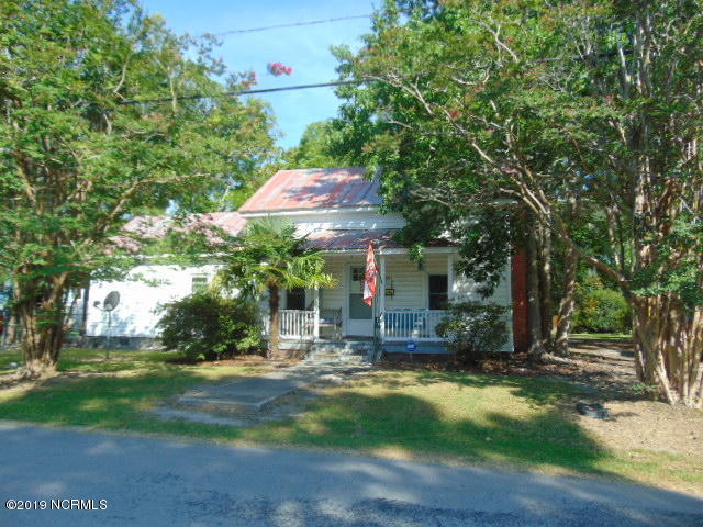Property for sale at 711 Midyette Street, Oriental,  North Carolina 28571