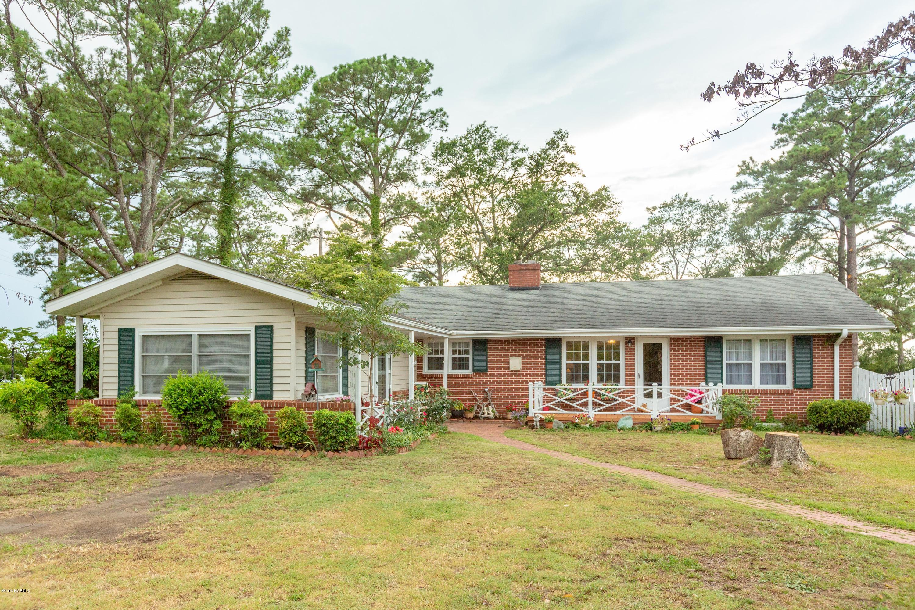 Property for sale at 714 Madam Moores Lane, New Bern,  North Carolina 28562