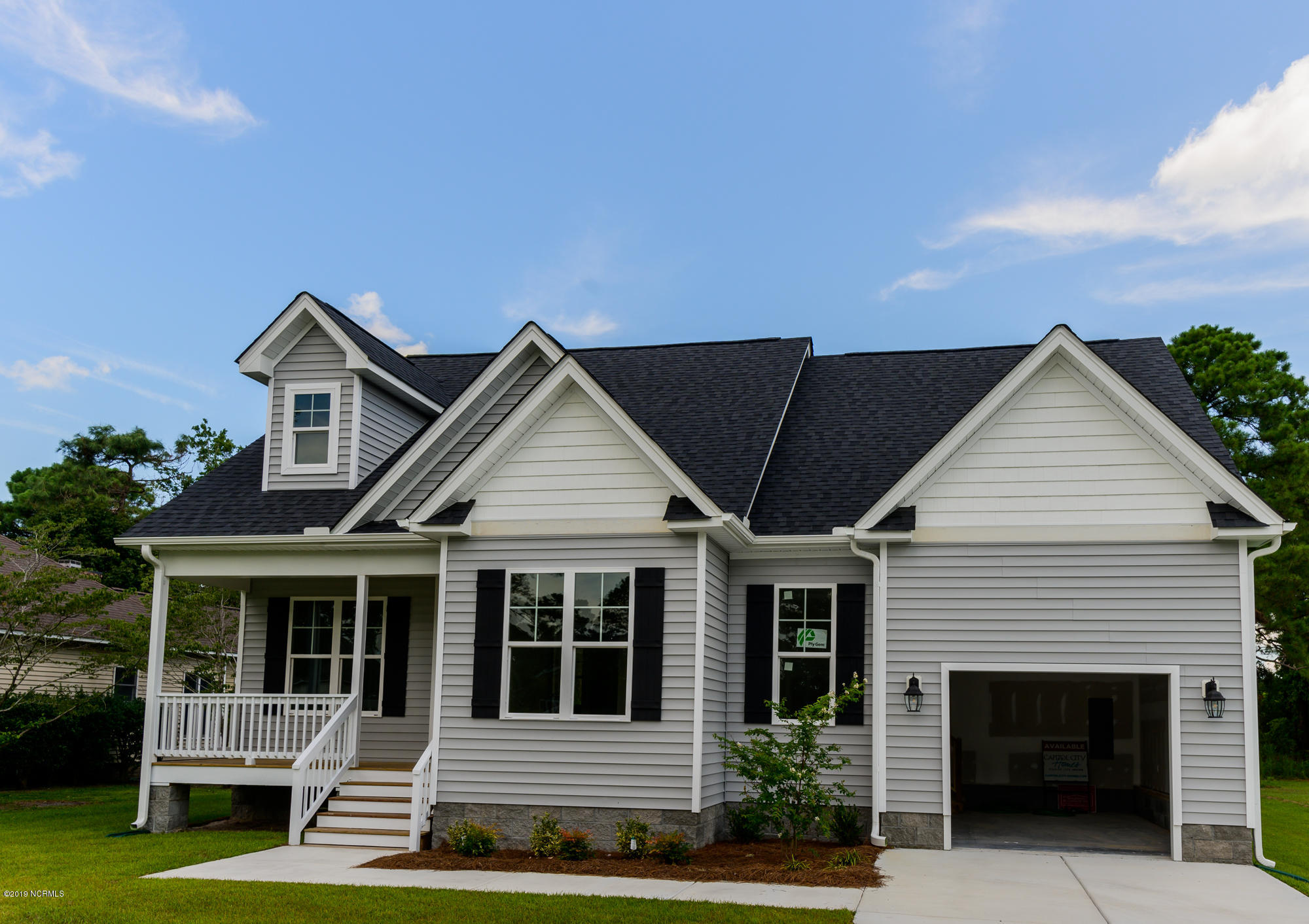907 Pelican Drive, New Bern, North Carolina 28560, 3 Bedrooms Bedrooms, 7 Rooms Rooms,2 BathroomsBathrooms,Single family residence,For sale,Pelican,100180257