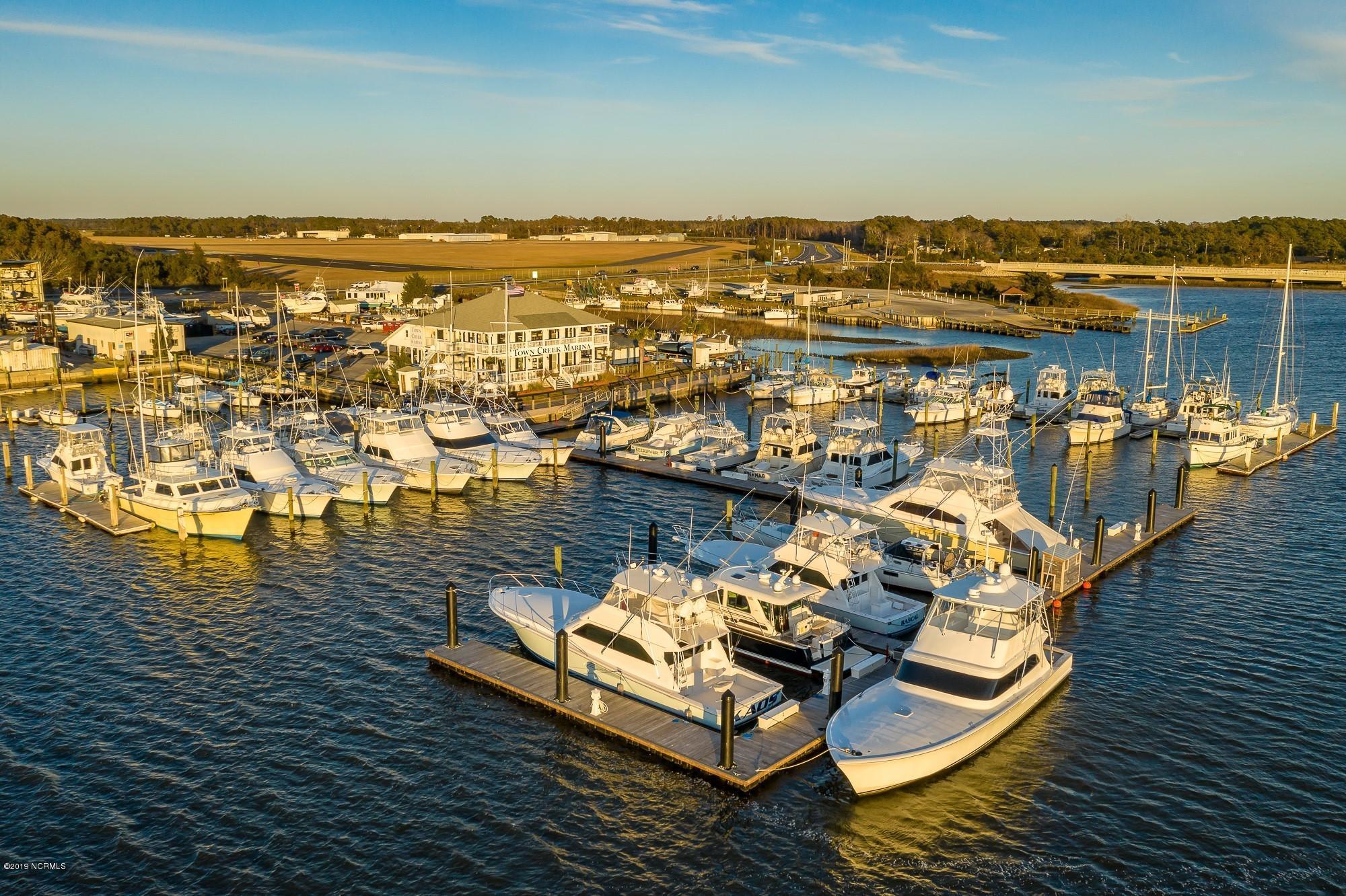 114 Town Creek Drive, Beaufort, North Carolina 28516, ,Wet,For sale,Town Creek,100153541