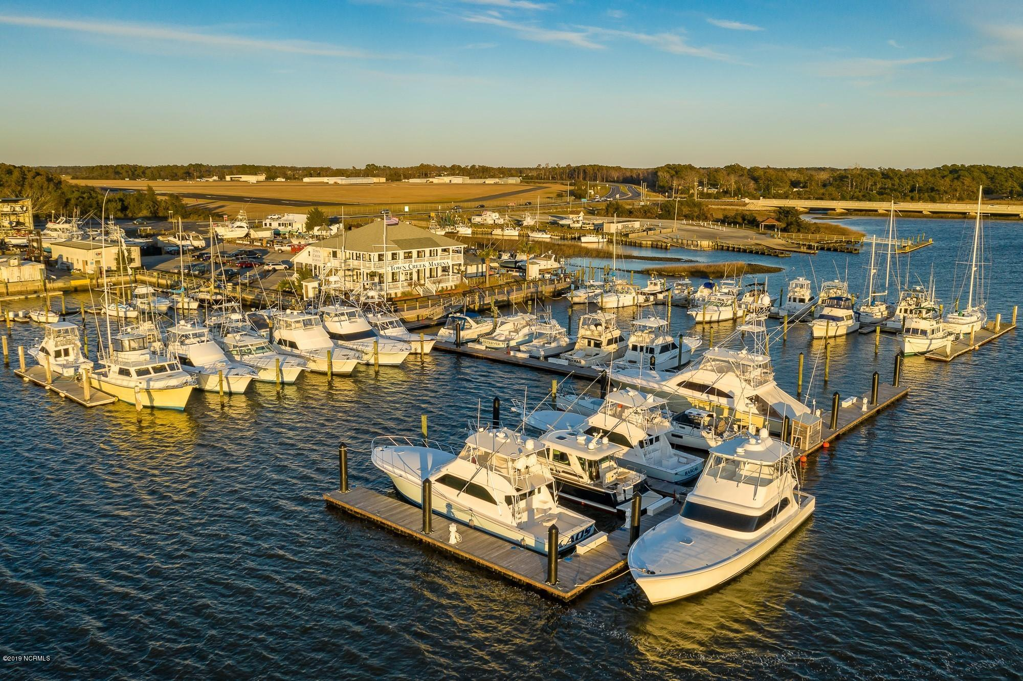 114 Town Creek Drive, Beaufort, North Carolina 28516, ,Wet,For sale,Town Creek,100153571
