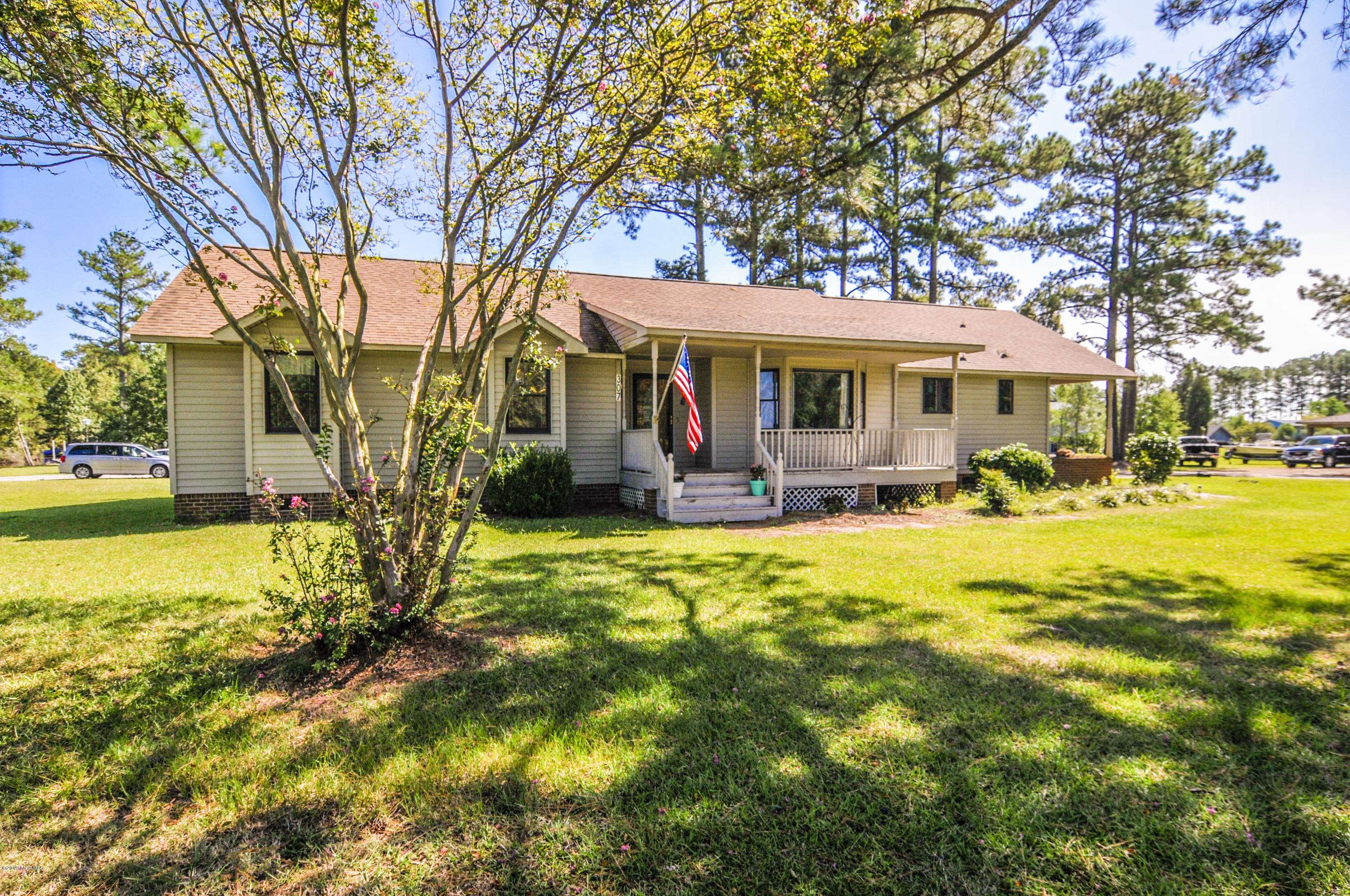 Property for sale at 307 Smith Shore Road, Belhaven,  North Carolina 27810