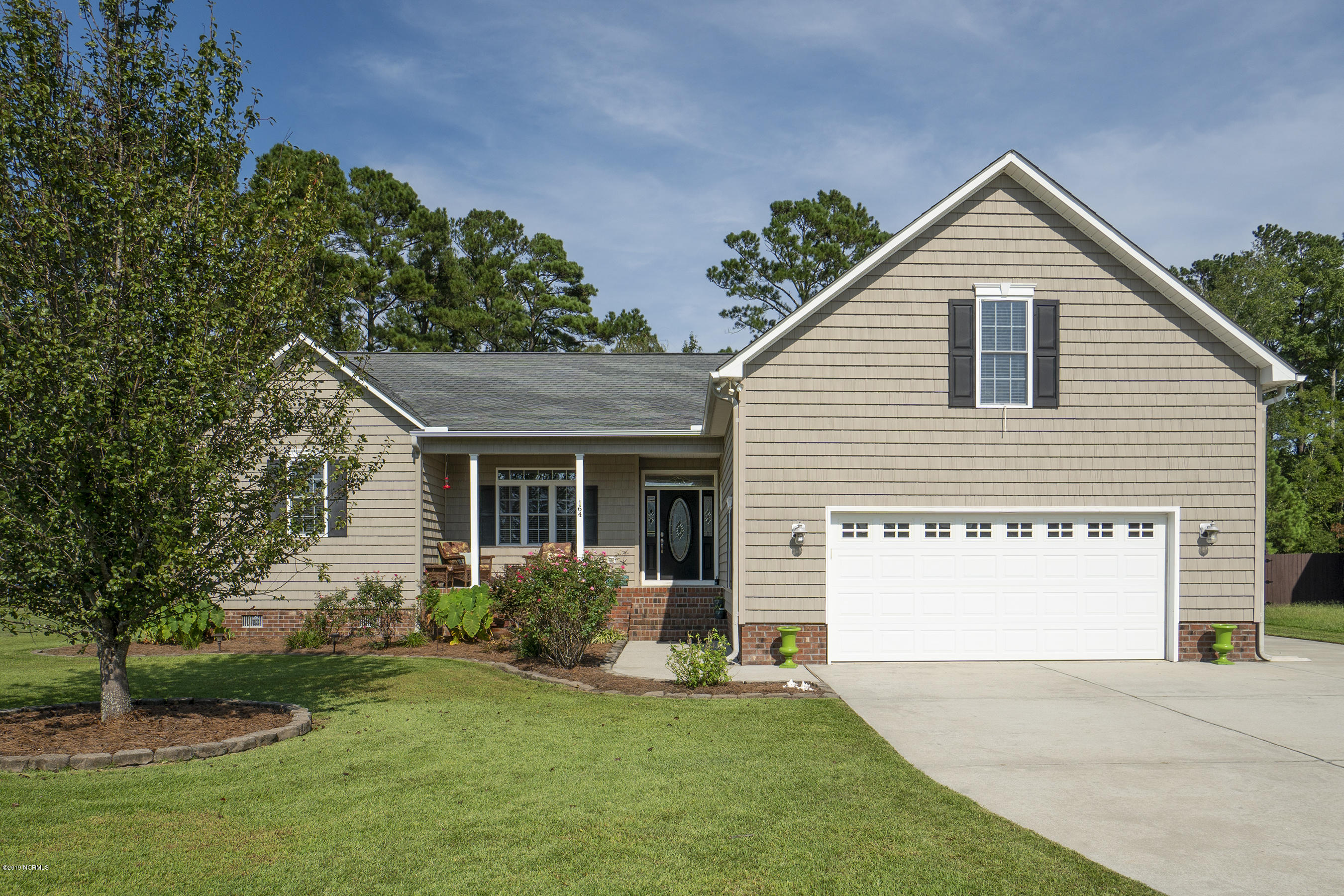 Property for sale at 164 Laura Drive, New Bern,  North Carolina 28562