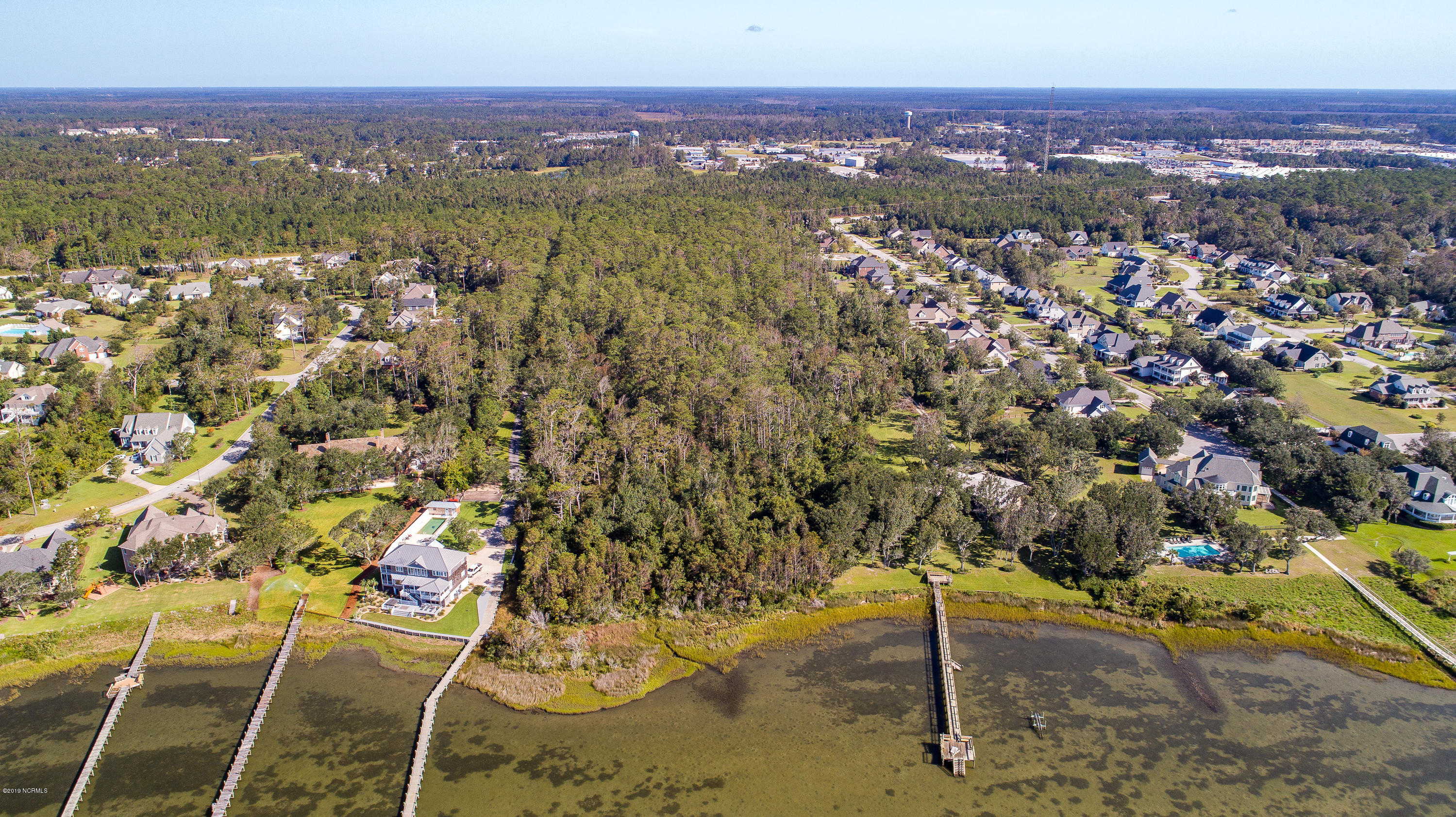 Morehead City, North Carolina 28557, 4 Bedrooms Bedrooms, 12 Rooms Rooms,3 BathroomsBathrooms,Single family residence,For sale,100186259