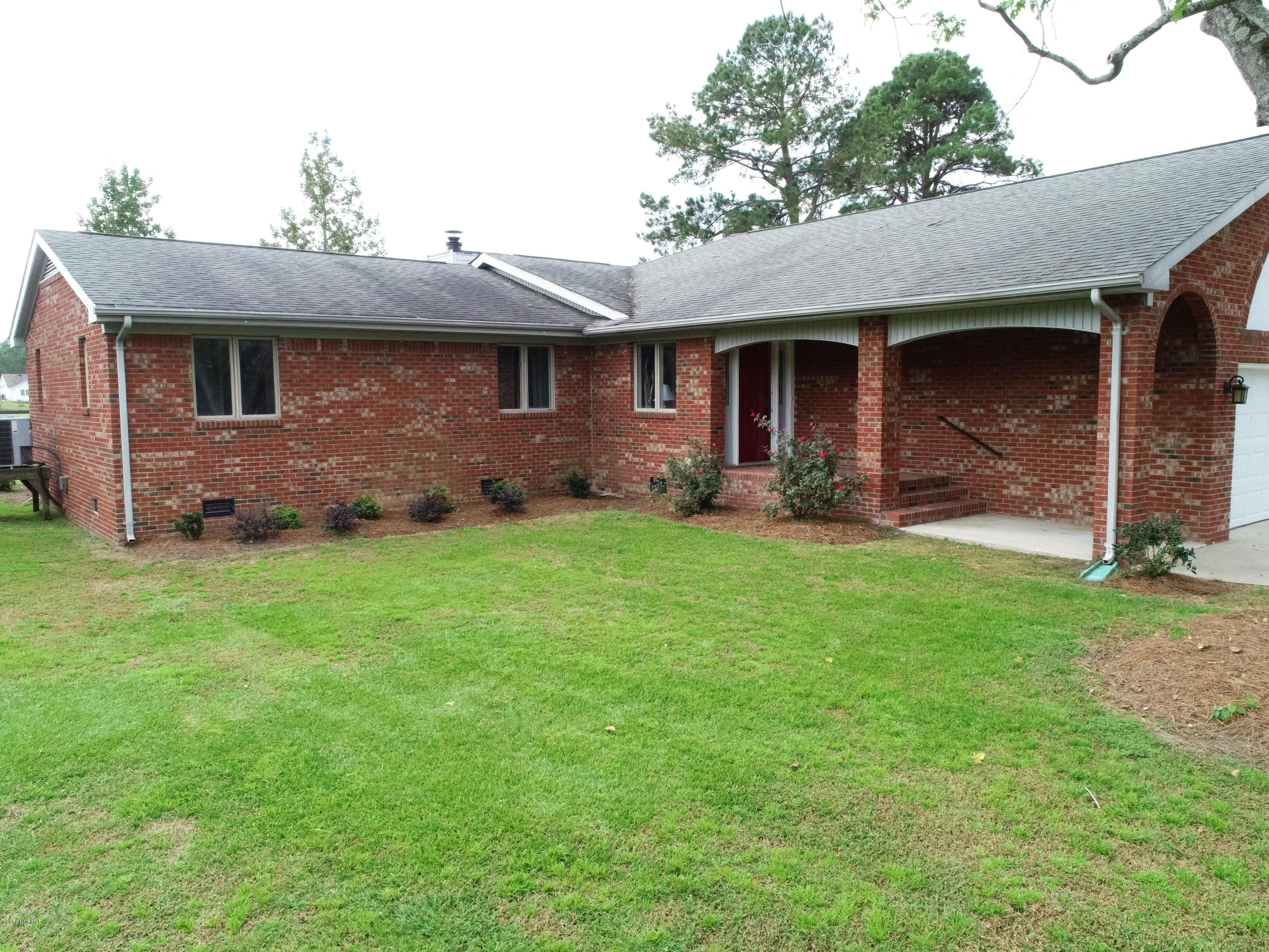 Property for sale at 828 Pelican Drive, New Bern,  North Carolina 28560