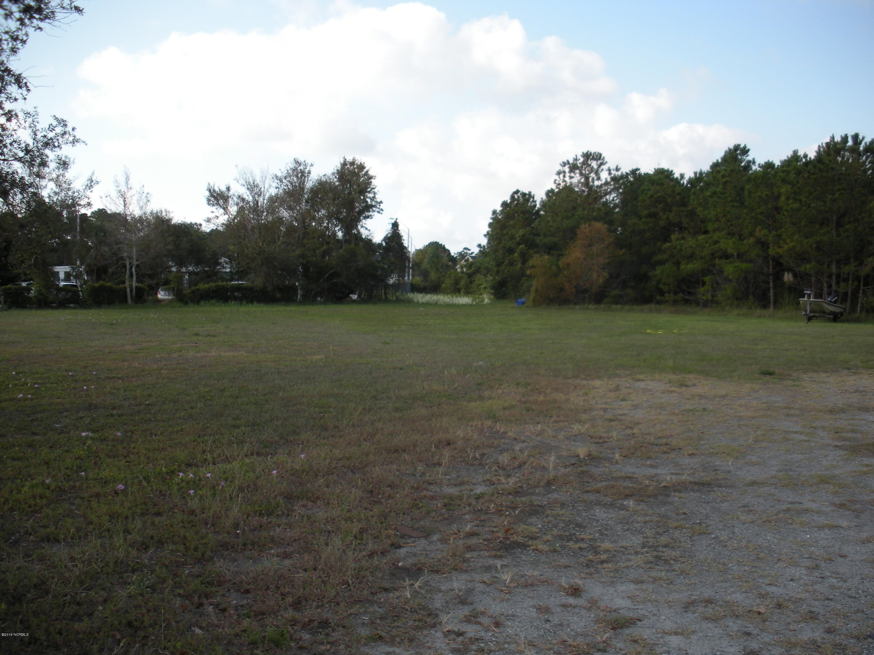 1101 Lake Park Boulevard, Carolina Beach, North Carolina 28428, ,Commercial/industrial,For sale,Lake Park,100186406