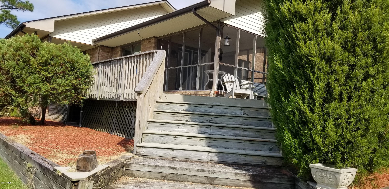 640 Duck Creek Road, Washington, North Carolina 27889, 2 Bedrooms Bedrooms, 7 Rooms Rooms,2 BathroomsBathrooms,Single family residence,For sale,Duck Creek,100185800