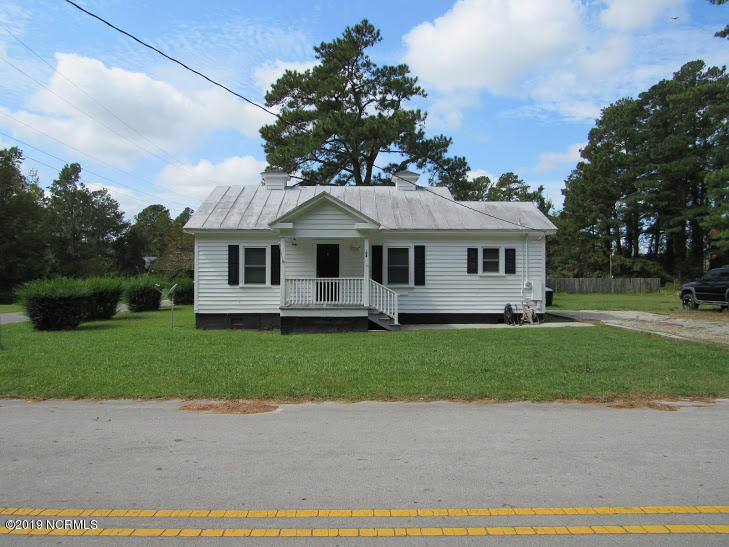 Property for sale at 108 S Third Street, Bayboro,  North Carolina 28515