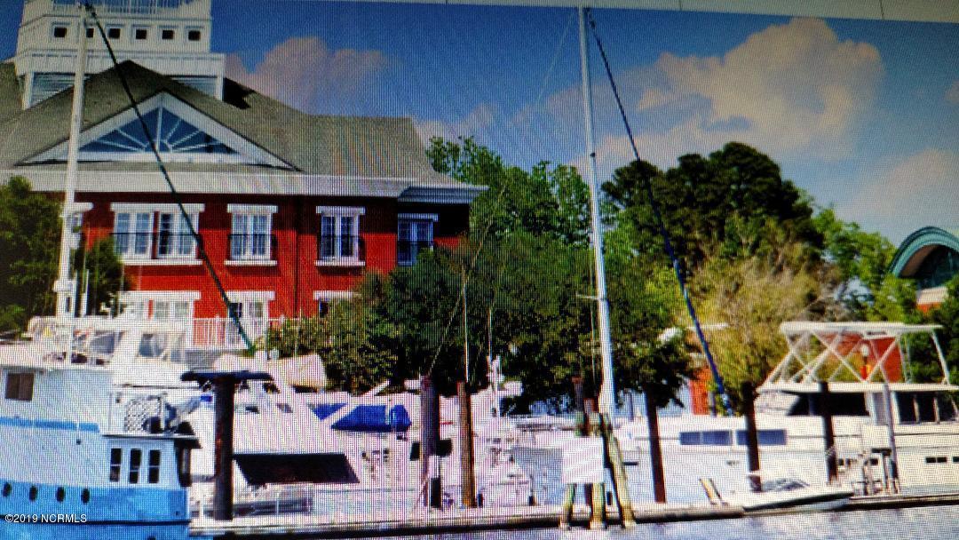 100 Craven, New Bern, North Carolina 28560, ,Wet,For sale,Craven,100187997