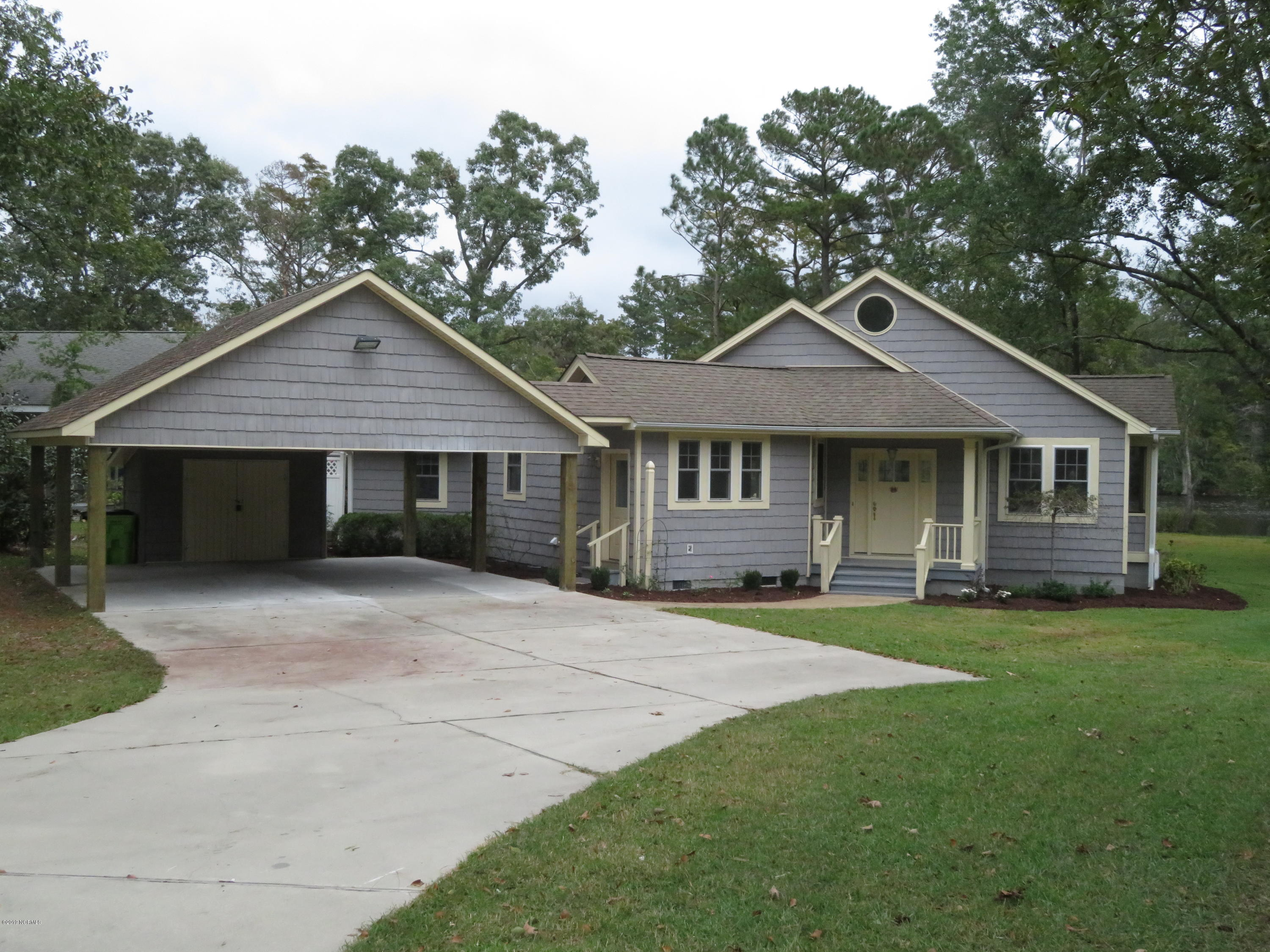 Property for sale at 506 W Wilson Creek Drive, New Bern,  North Carolina 28562