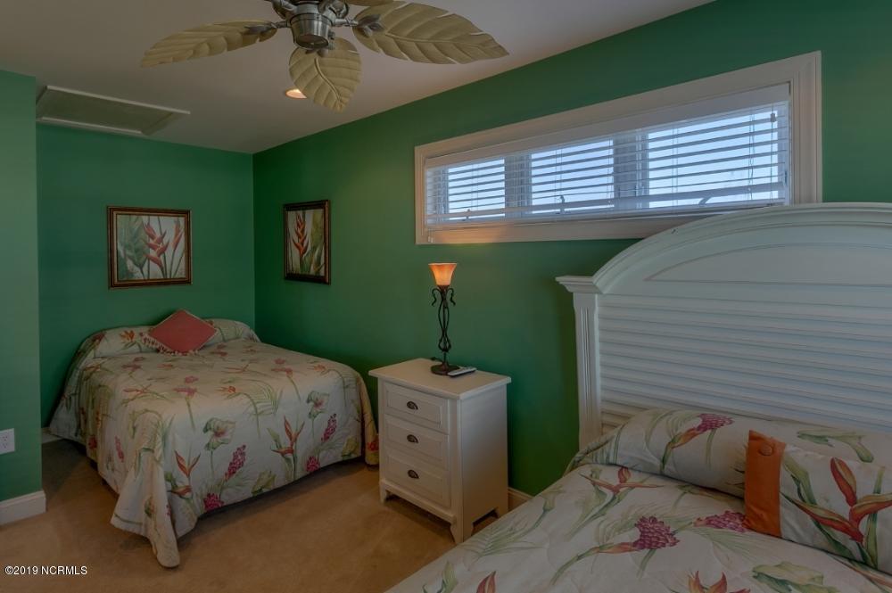 1273 Ocean Boulevard, Holden Beach, North Carolina 28462, 3 Bedrooms Bedrooms, 8 Rooms Rooms,3 BathroomsBathrooms,Single family residence,For sale,Ocean,100179166