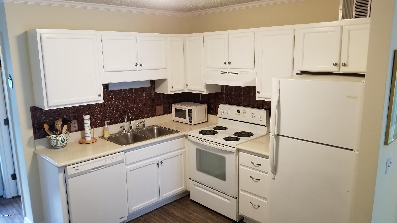 1404 Canal Drive, Carolina Beach, North Carolina 28428, 2 Bedrooms Bedrooms, 4 Rooms Rooms,2 BathroomsBathrooms,Condominium,For sale,Canal,100190018