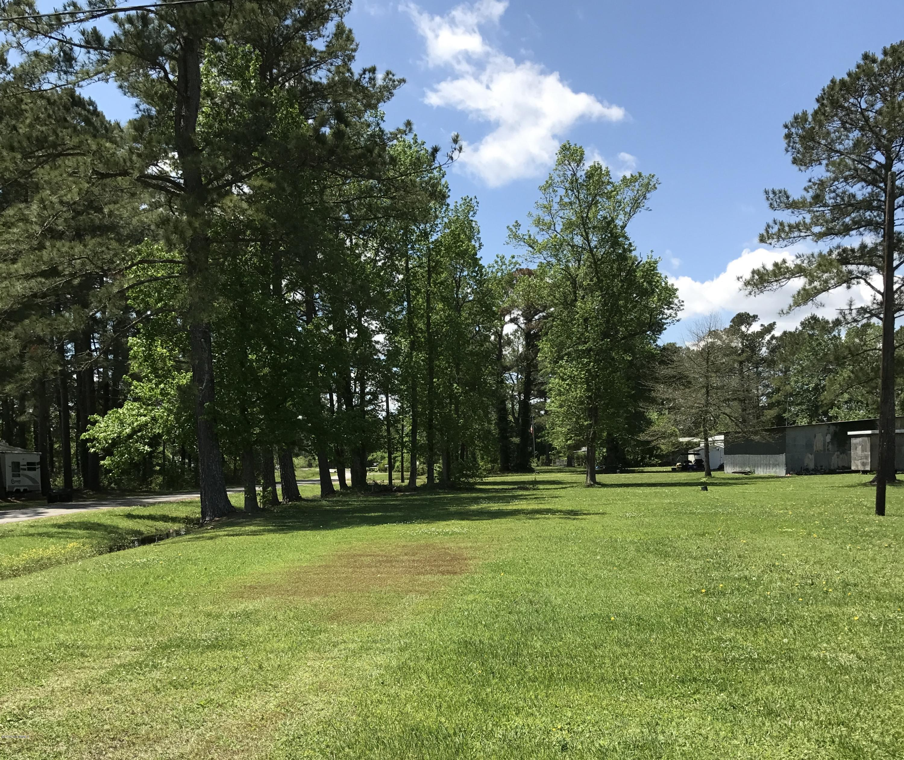 1603 White Oak River Road, Maysville, North Carolina 28555, ,Residential land,For sale,White Oak River,100163103