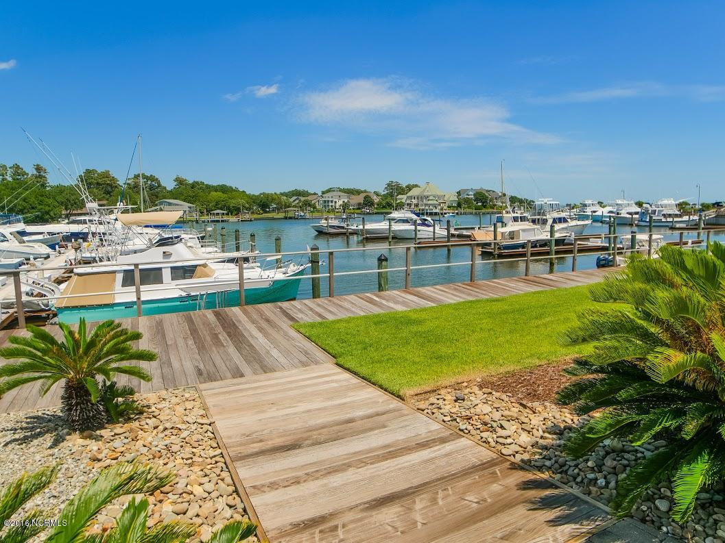 108 Spooners Street, Morehead City, North Carolina 28557, 4 Bedrooms Bedrooms, 9 Rooms Rooms,3 BathroomsBathrooms,Single family residence,For sale,Spooners,100191986