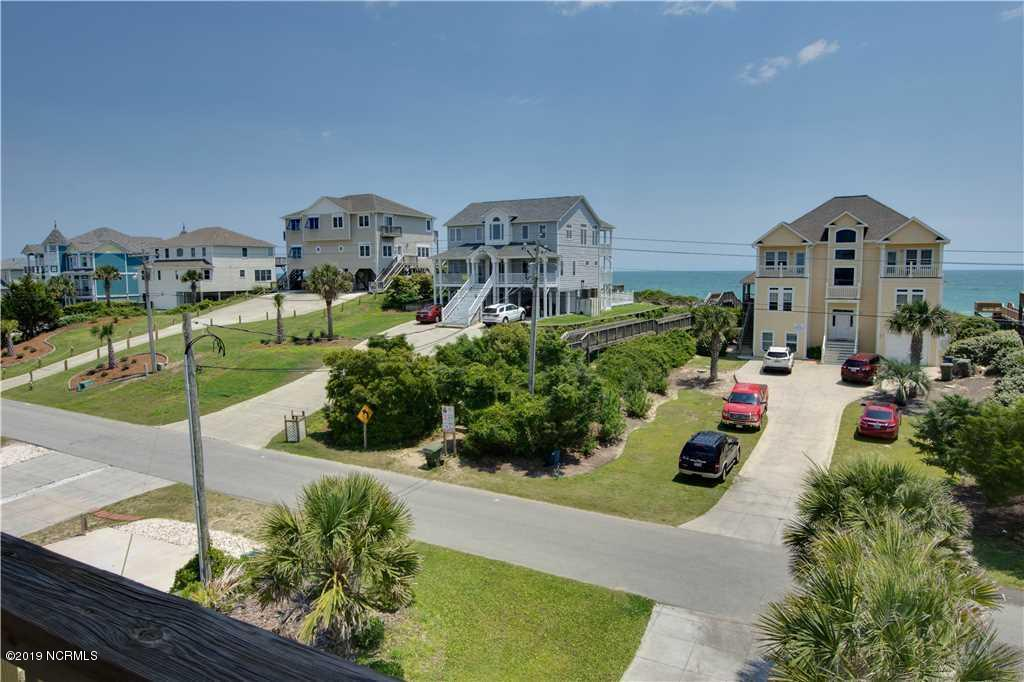 3202 Ocean Drive, Emerald Isle, North Carolina 28594, 5 Bedrooms Bedrooms, 9 Rooms Rooms,4 BathroomsBathrooms,Single family residence,For sale,Ocean,100191963
