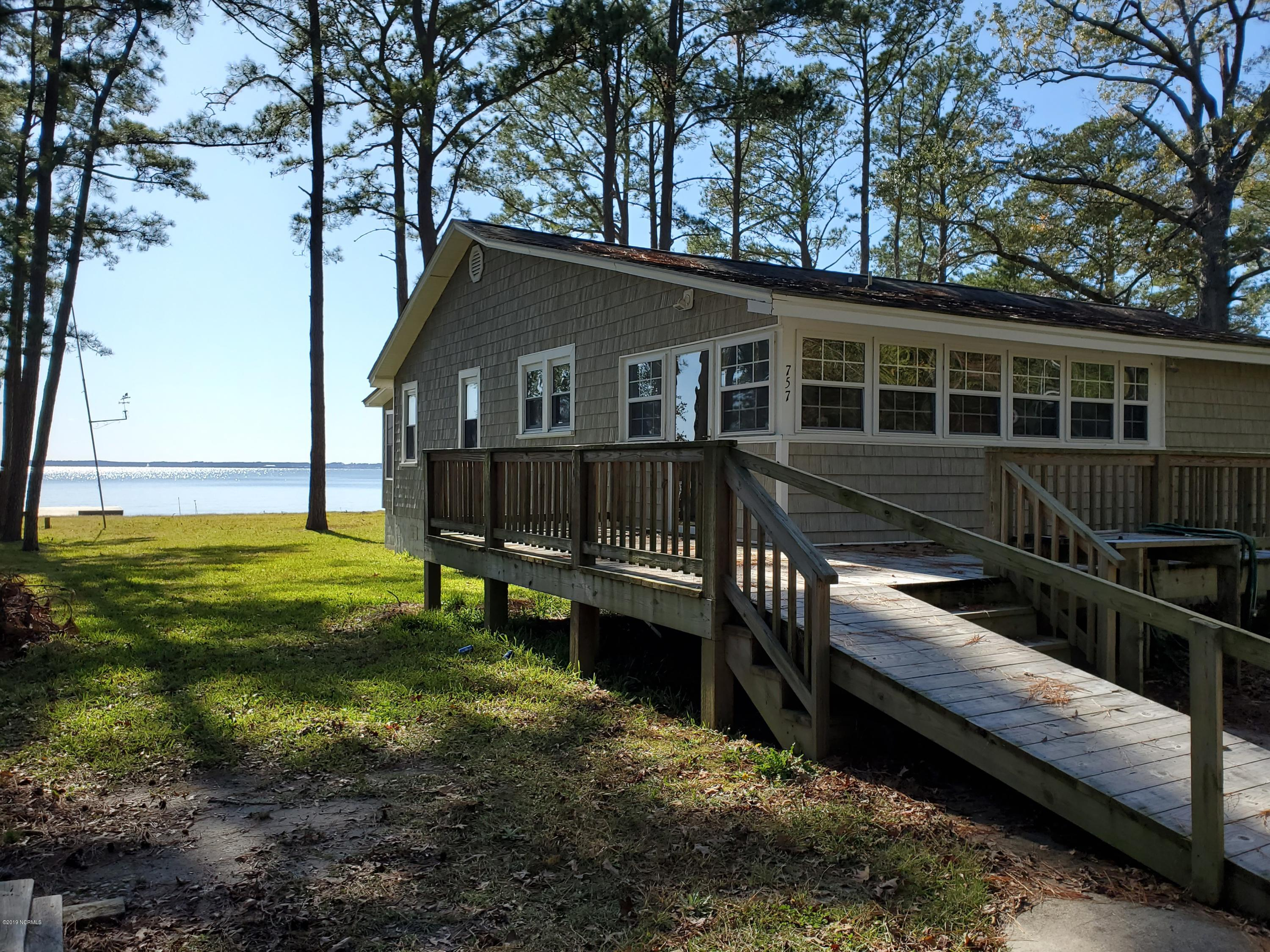757 Island View Road, Bath, North Carolina 27808, 4 Bedrooms Bedrooms, 6 Rooms Rooms,1 BathroomBathrooms,Single family residence,For sale,Island View,100192491
