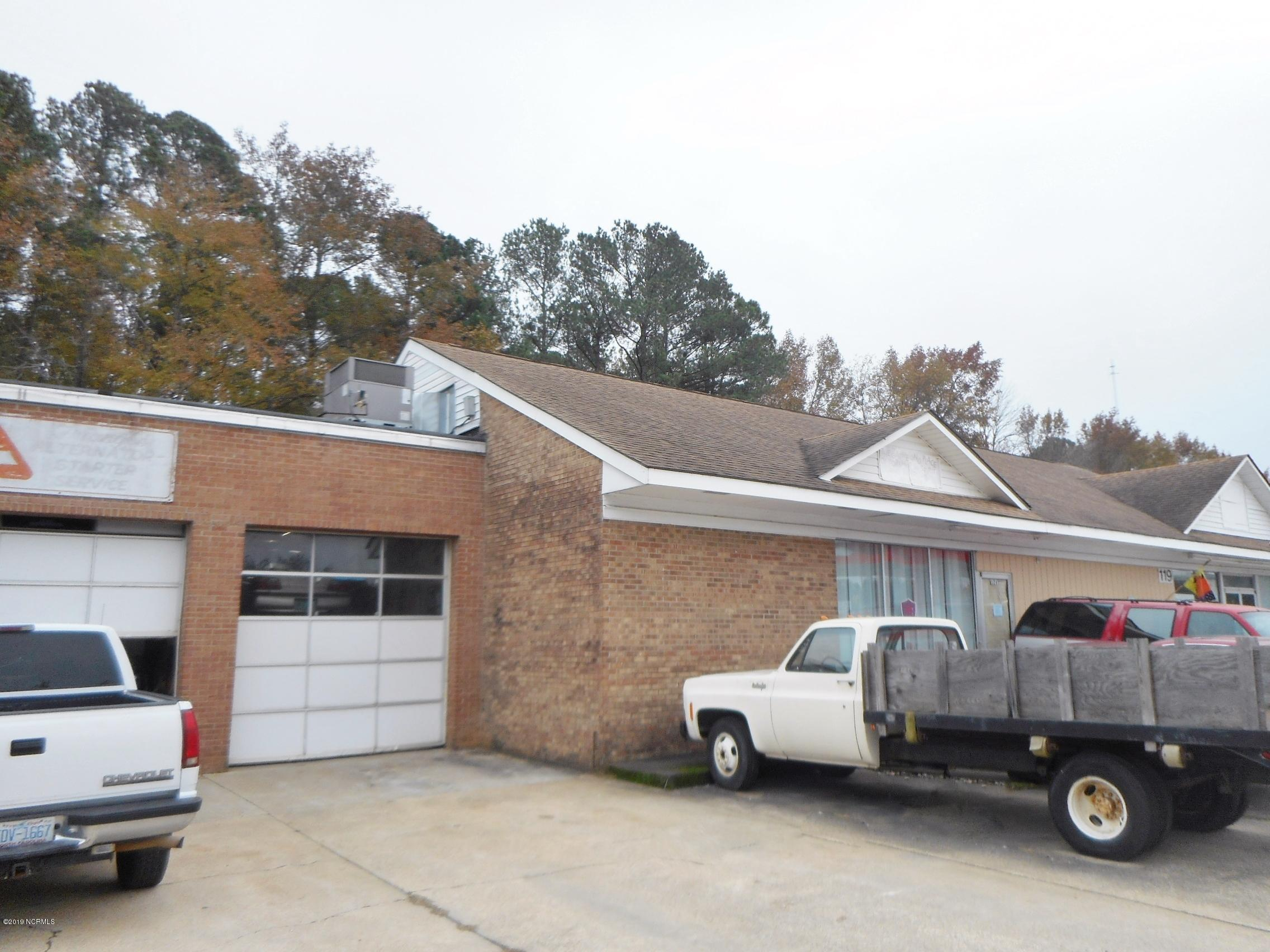117 Country Club Road, Rocky Mount, North Carolina 27804, ,For sale,Country Club,100193460