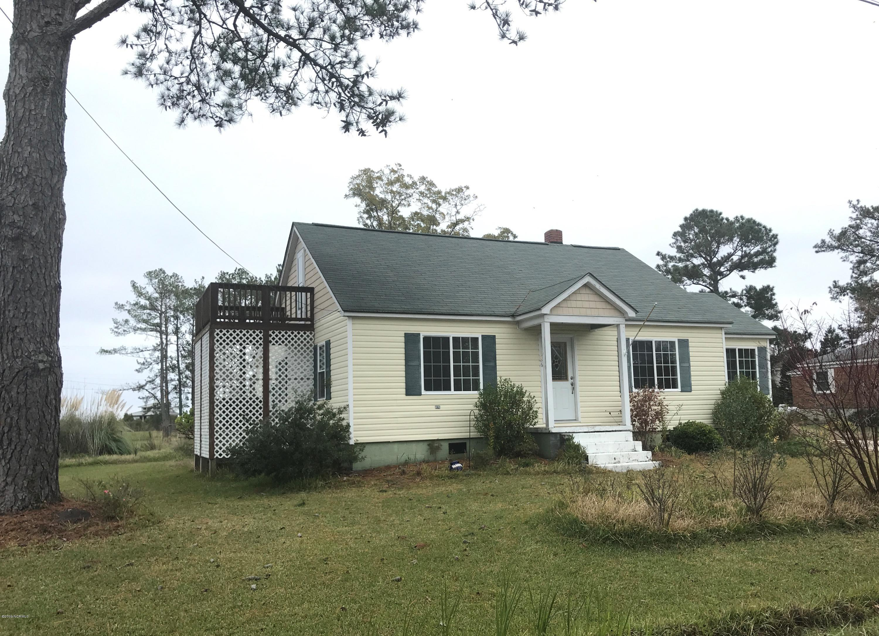 586 Tooley Street, Belhaven, North Carolina 27810, 3 Bedrooms Bedrooms, 8 Rooms Rooms,2 BathroomsBathrooms,Single family residence,For sale,Tooley,100193831