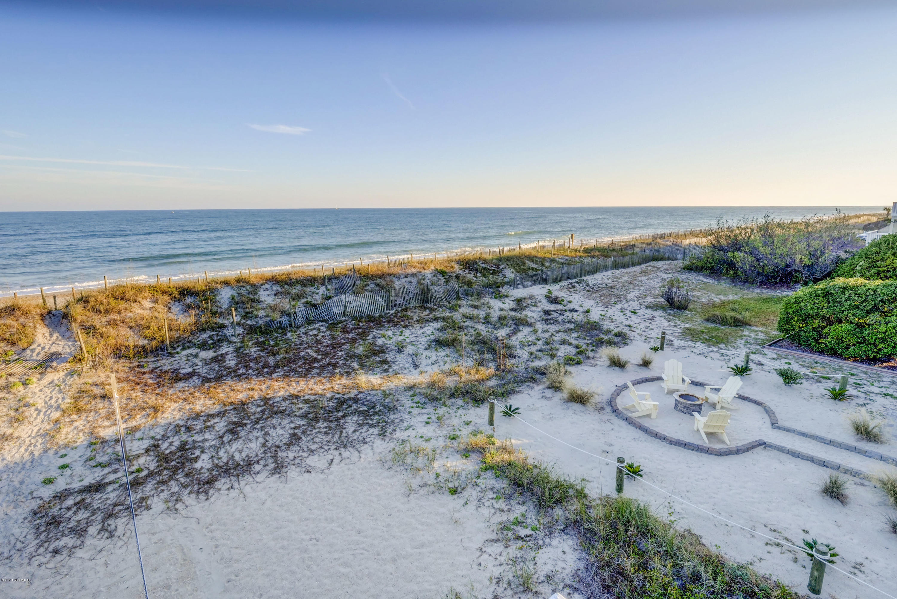 19 Atlanta Street, Wrightsville Beach, North Carolina 28480, 6 Bedrooms Bedrooms, 10 Rooms Rooms,5 BathroomsBathrooms,Single family residence,For sale,Atlanta,100192741