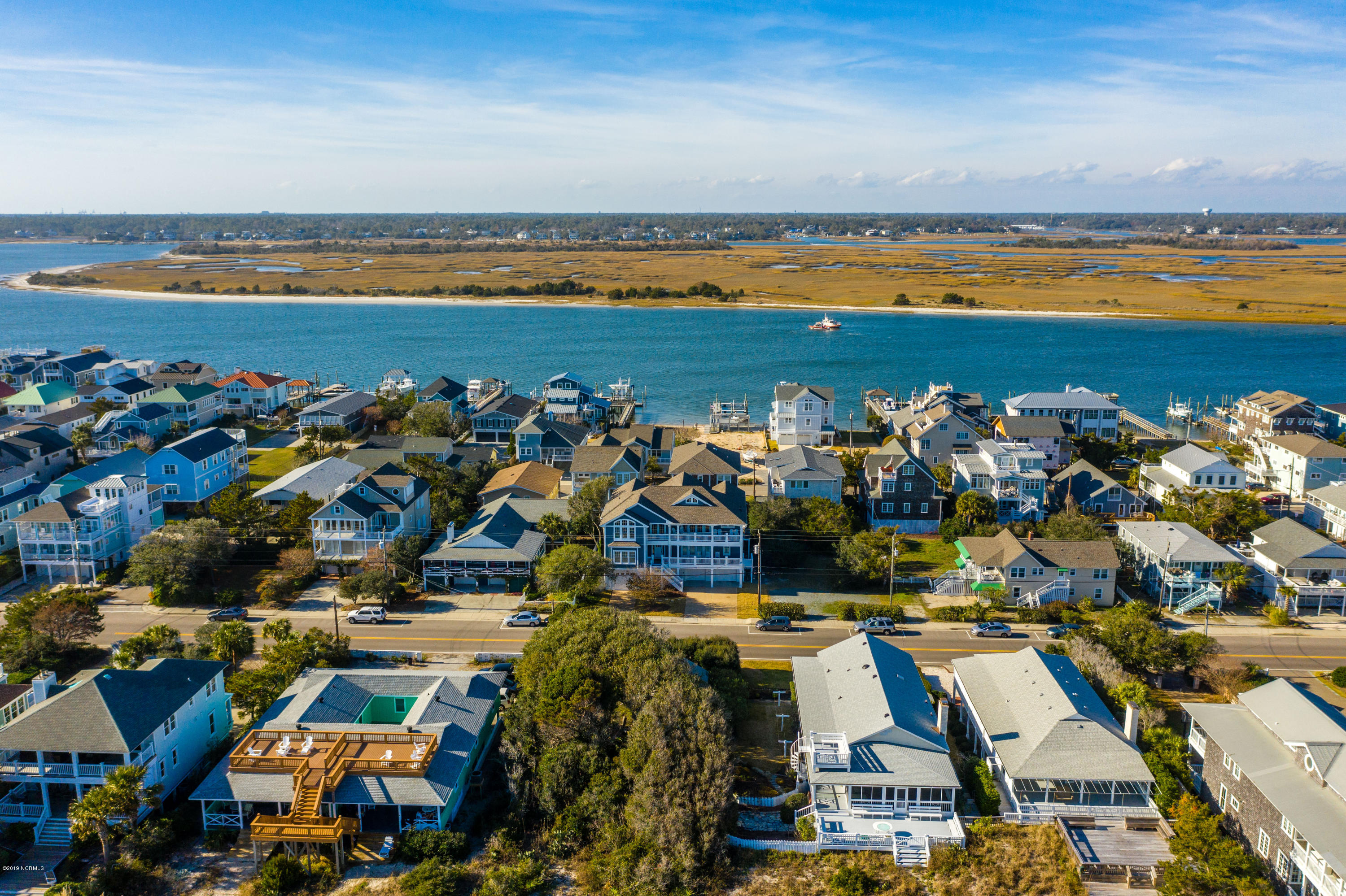 760 Lumina Avenue, Wrightsville Beach, North Carolina 28480, 8 Bedrooms Bedrooms, 13 Rooms Rooms,8 BathroomsBathrooms,Single family residence,For sale,Lumina,100196201