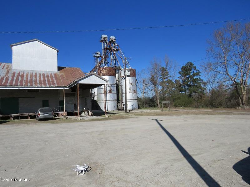 1211 5th Street, Tabor City, North Carolina 28463, ,For sale,5th,100197333