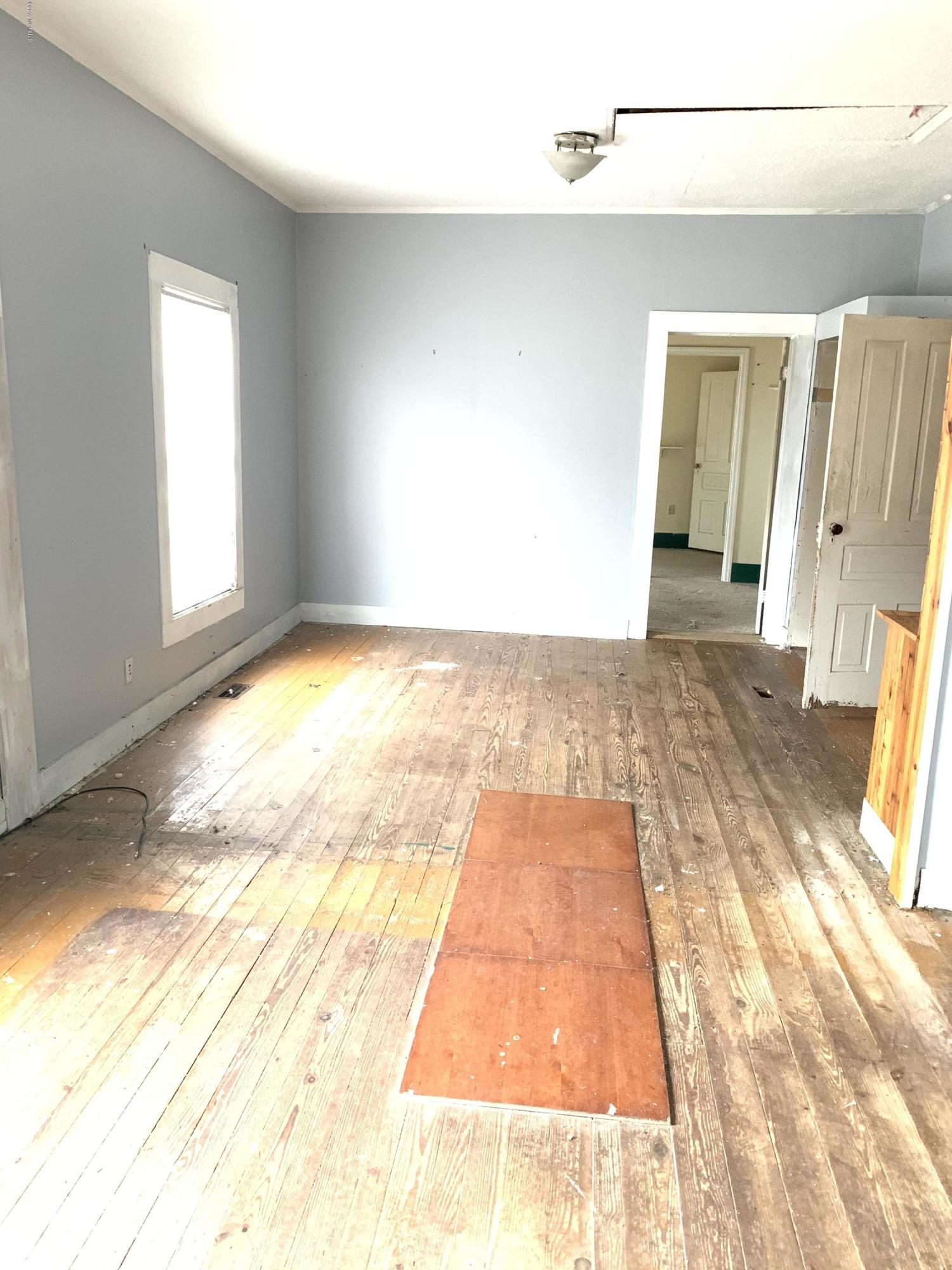 407 College Street, Vanceboro, North Carolina 28586, 3 Bedrooms Bedrooms, 5 Rooms Rooms,1 BathroomBathrooms,Single family residence,For sale,College Street,100197759