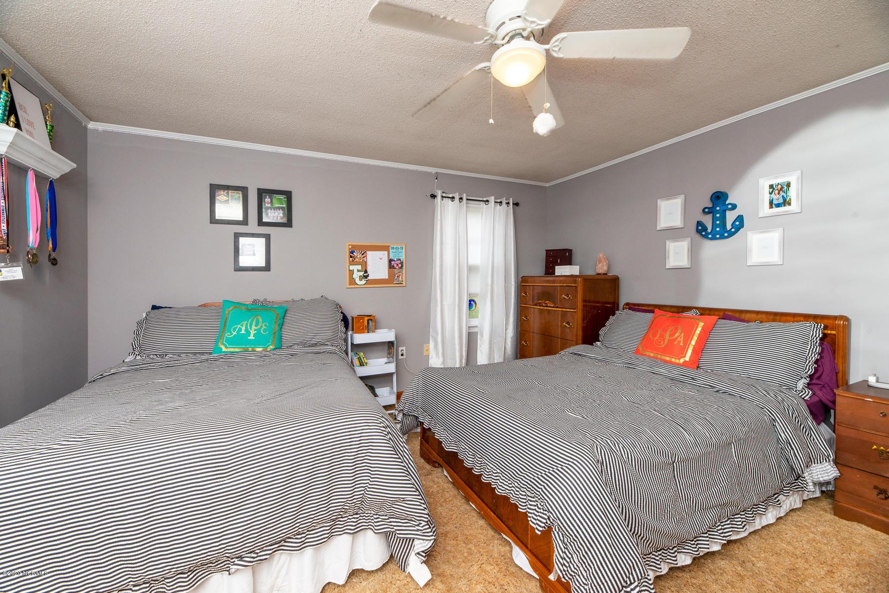 40 Portside Lane, Belhaven, North Carolina 27810, 3 Bedrooms Bedrooms, 6 Rooms Rooms,2 BathroomsBathrooms,Single family residence,For sale,Portside,100200173
