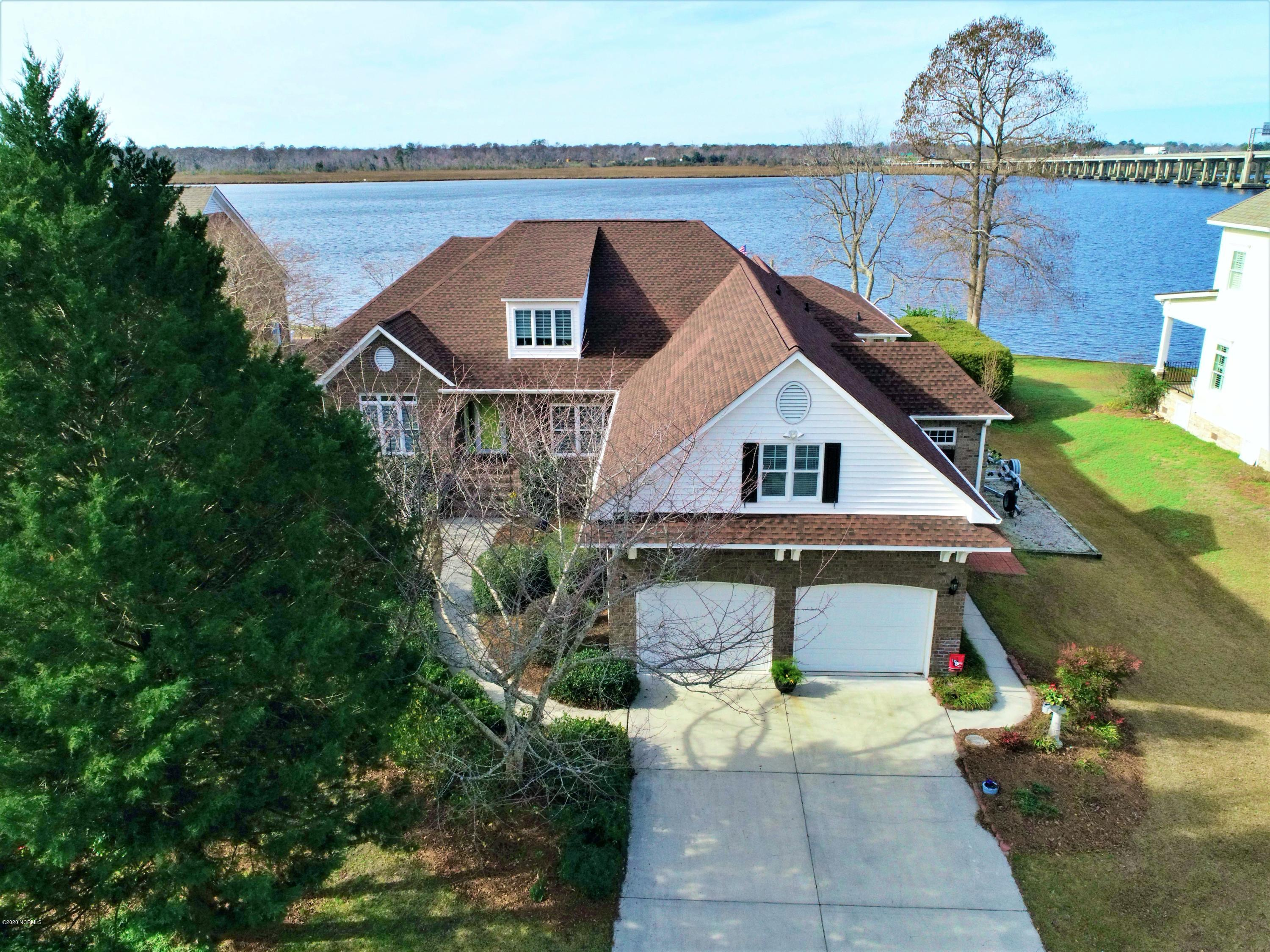 Property for sale at 200 Bridge Pointe Drive, New Bern,  North Carolina 28562