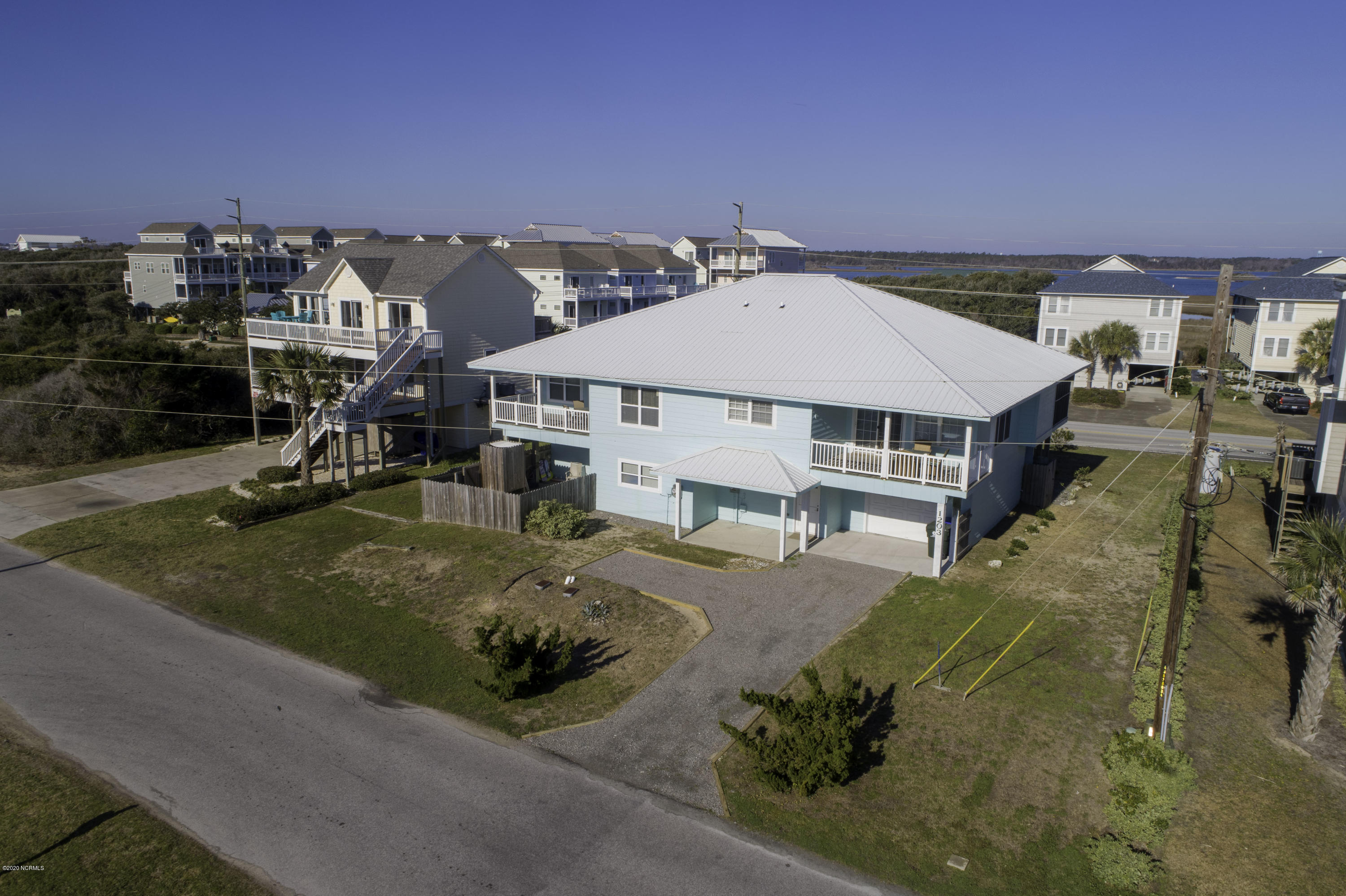 1202/1203 S Topsail / S Shore Drive, Surf City, North Carolina 28445, 8 Bedrooms Bedrooms, 14 Rooms Rooms,1 BathroomBathrooms,Townhouse,For sale,S Topsail / S Shore,100200187