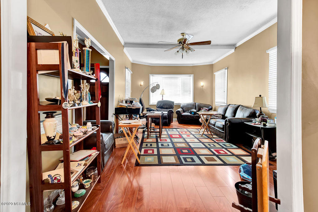 521 Airlie Road, Wilmington, North Carolina 28403, 3 Bedrooms Bedrooms, 8 Rooms Rooms,2 BathroomsBathrooms,Single family residence,For sale,Airlie,100202106
