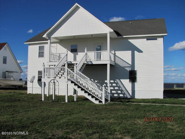 1110 Paradise Drive, Havelock, North Carolina 28532, 3 Bedrooms Bedrooms, 7 Rooms Rooms,4 BathroomsBathrooms,Single family residence,For sale,Paradise,100204535