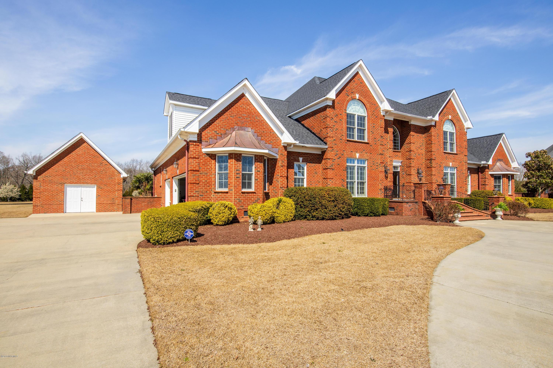 1108 Autumn Lakes Drive, Grimesland, North Carolina 27837, 5 Bedrooms Bedrooms, 14 Rooms Rooms,6 BathroomsBathrooms,Single family residence,For sale,Autumn Lakes,100207437