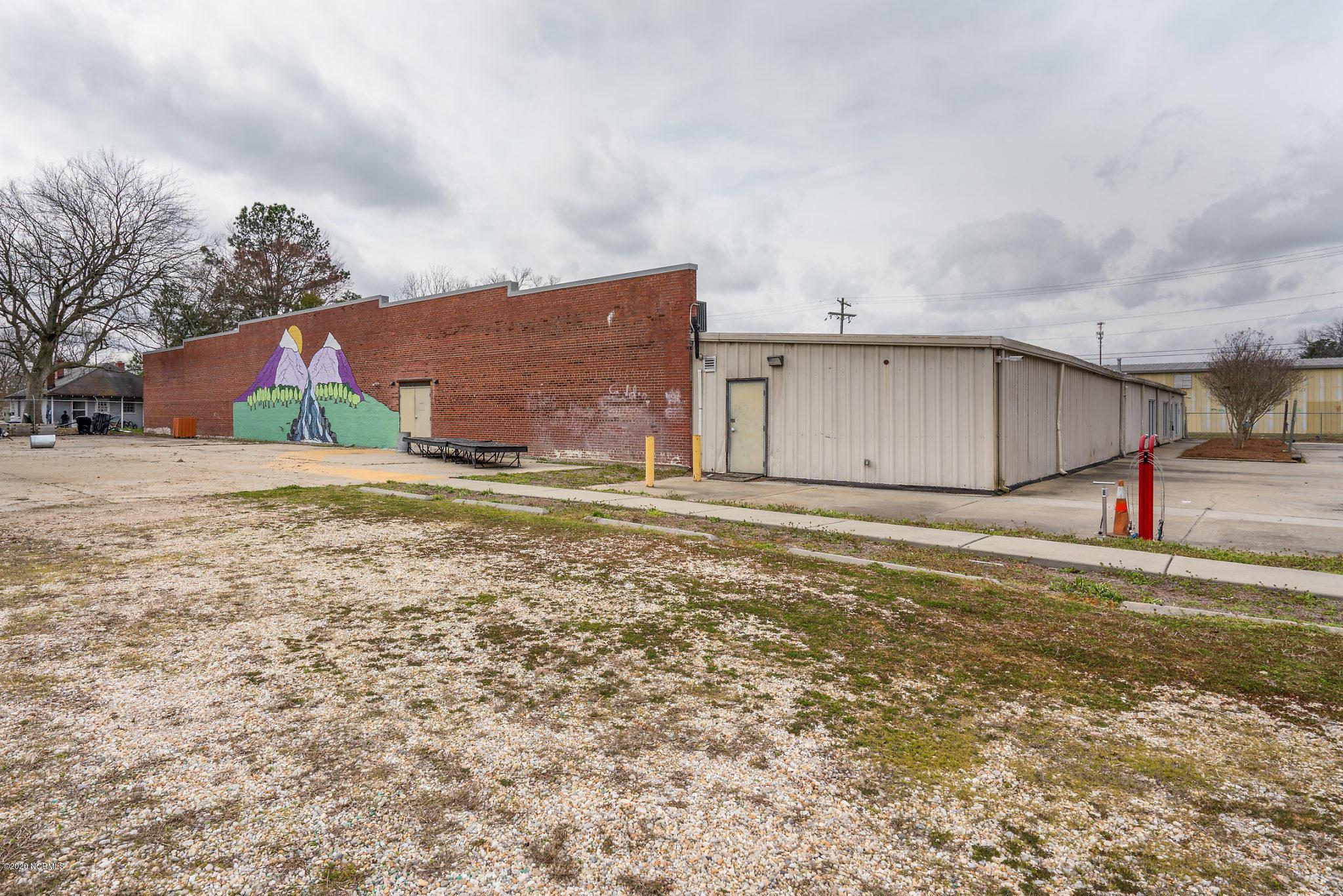 1725 Davis Street, Rocky Mount, North Carolina 27803, ,For sale,Davis,100207593
