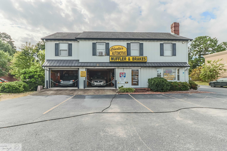512 Berkeley Boulevard, Goldsboro, North Carolina 27534, ,For sale,Berkeley,100208479