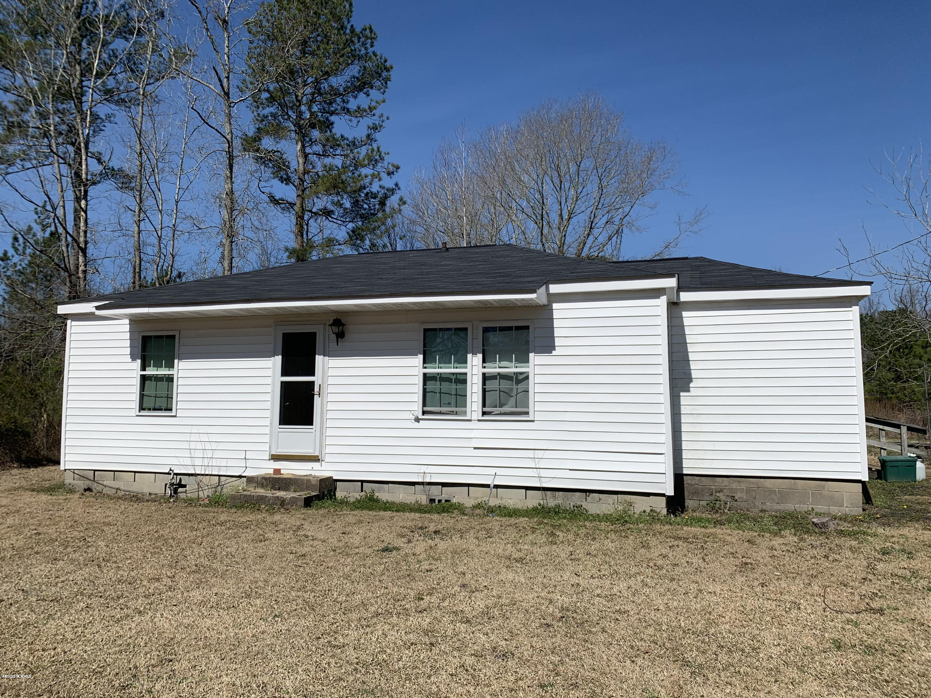 17360 Nc Hwy 53, Maple Hill, North Carolina 28454, 2 Bedrooms Bedrooms, 5 Rooms Rooms,1 BathroomBathrooms,Single family residence,For sale,Nc Hwy 53,100208654